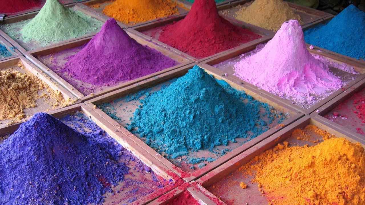 Indian_pigments.jpg