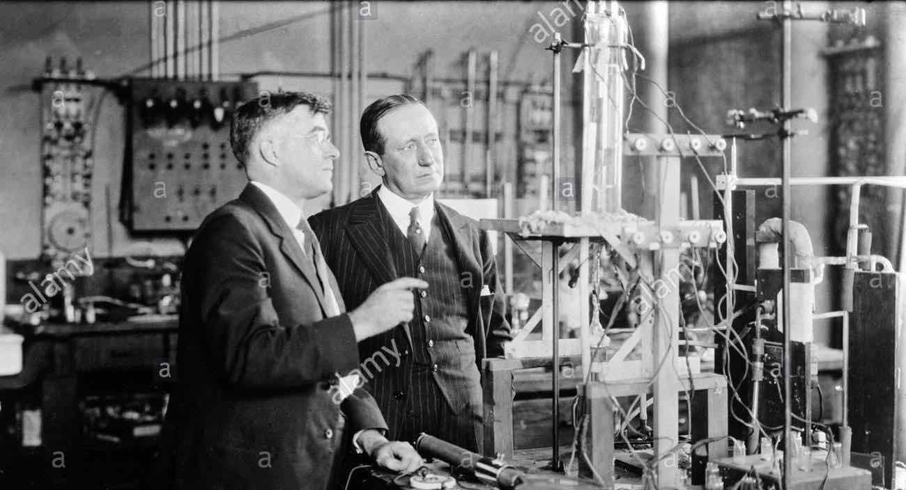 Physical chemist Irving Langmuir and Italian electrical engineer and inventor Guglielmo Marconi.jpg