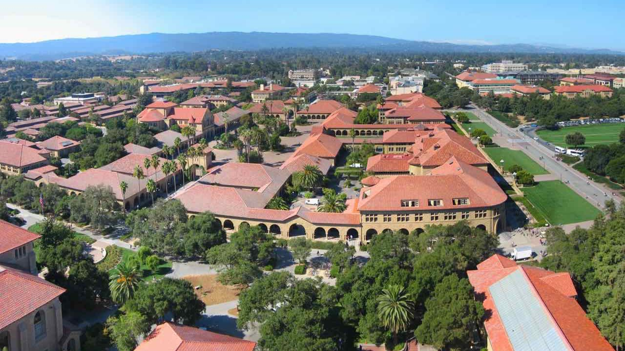 Stanford_University_campus_from_above.jpg
