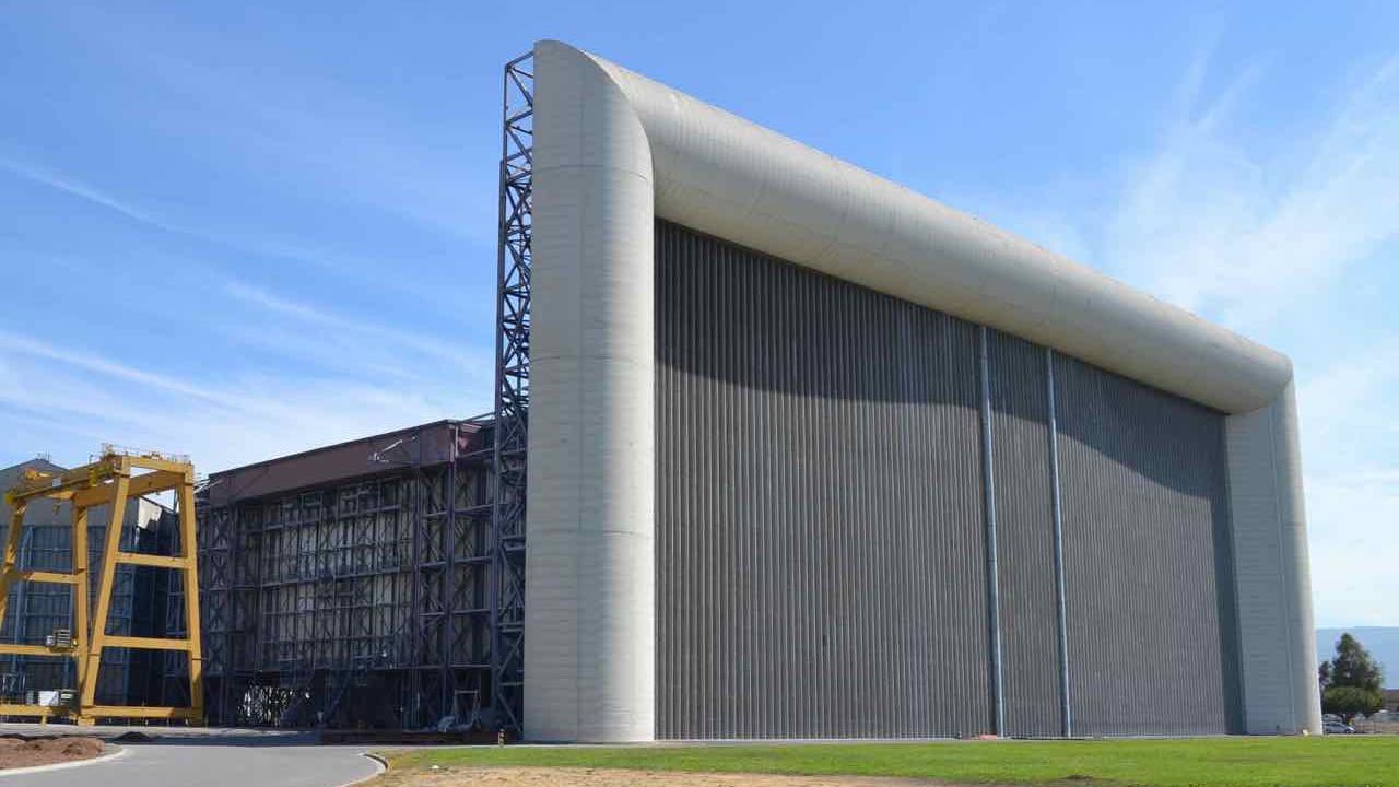 The_80_by_120_foot_wind_tunnel_At_NASA_Ames.jpg