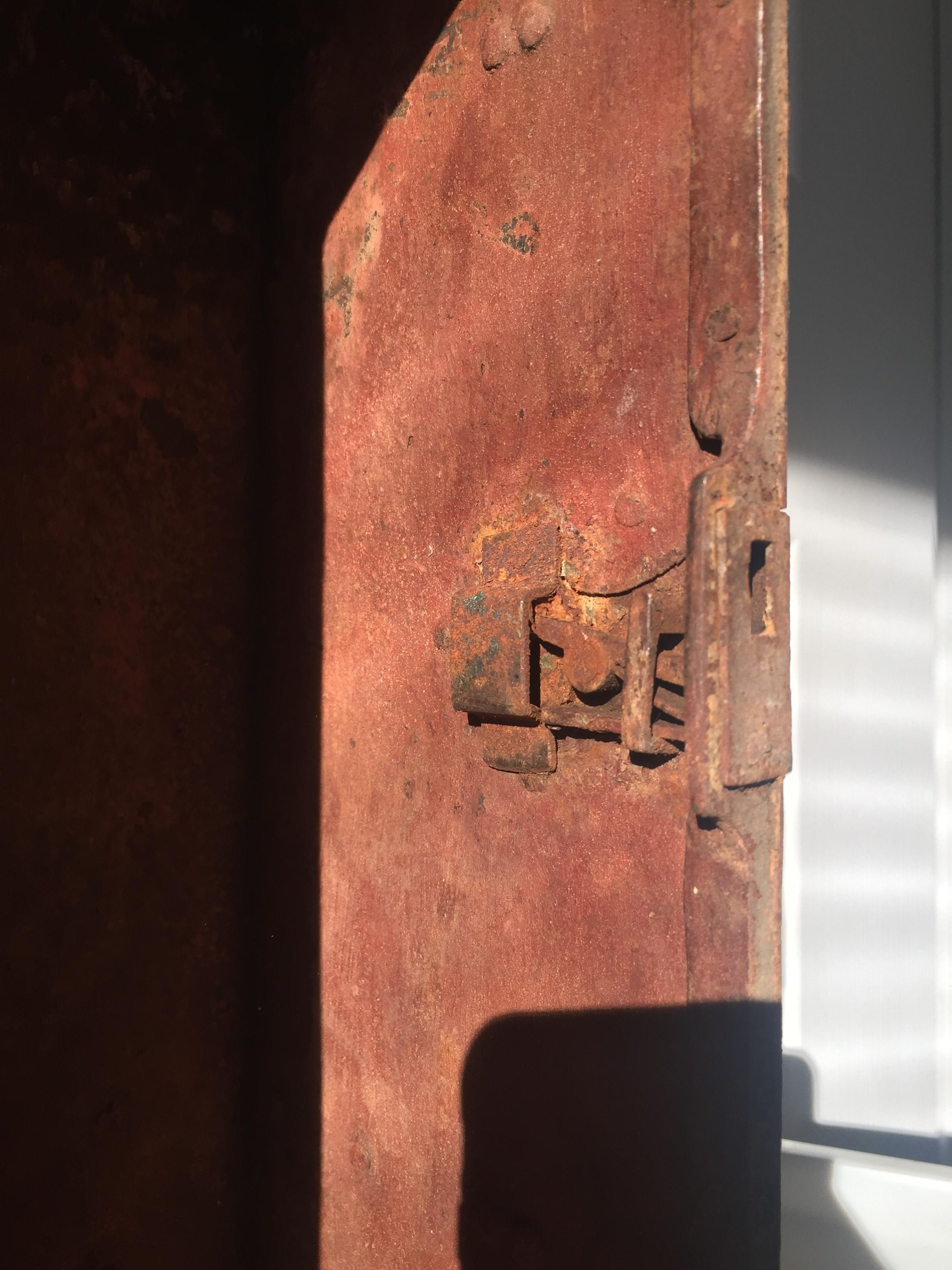 16_12_19_mcnr_two_lock_box_44_TrmkAntqs_0020.JPG