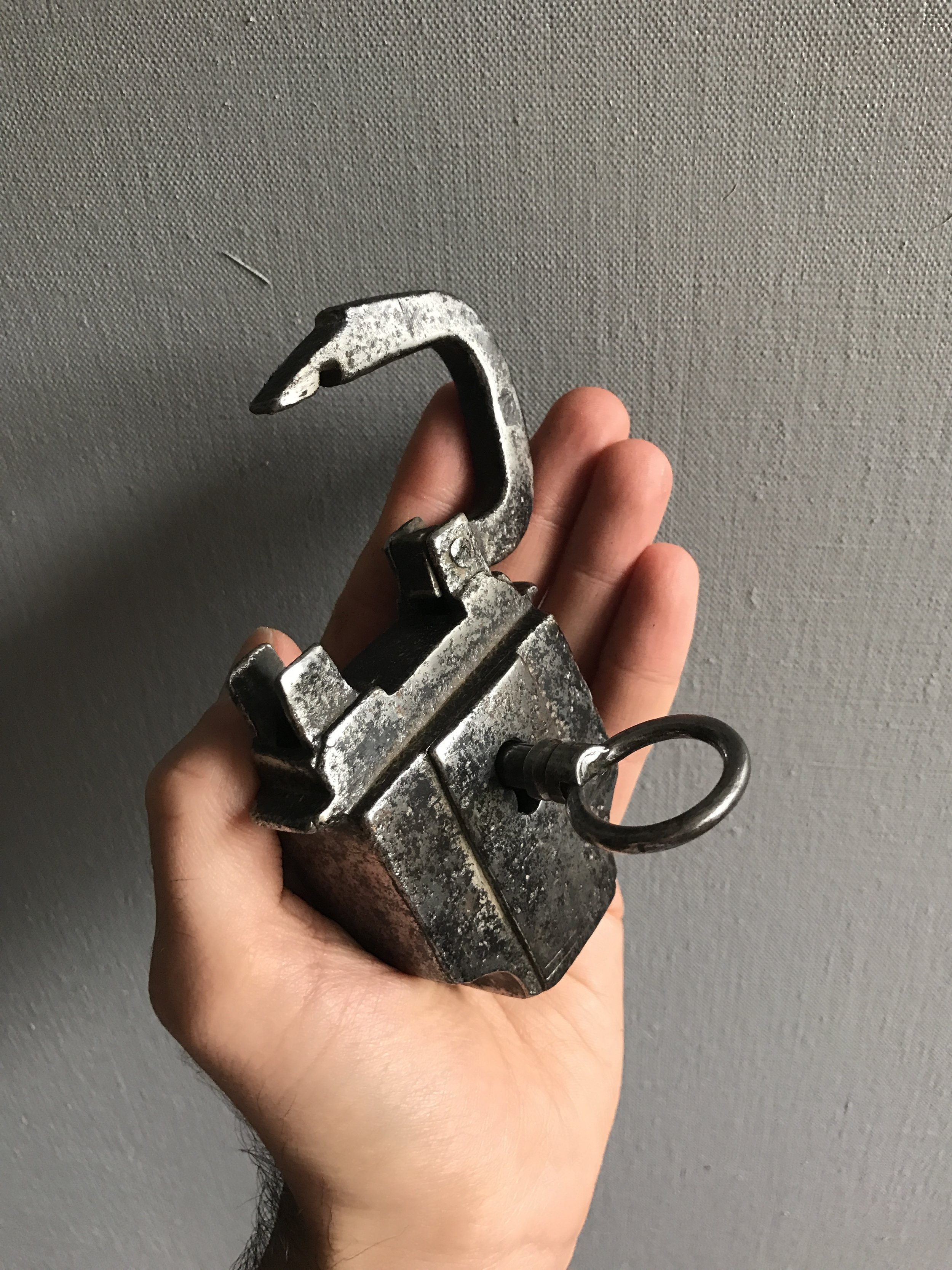 teremok_antiques_antique_padlock_2.JPG