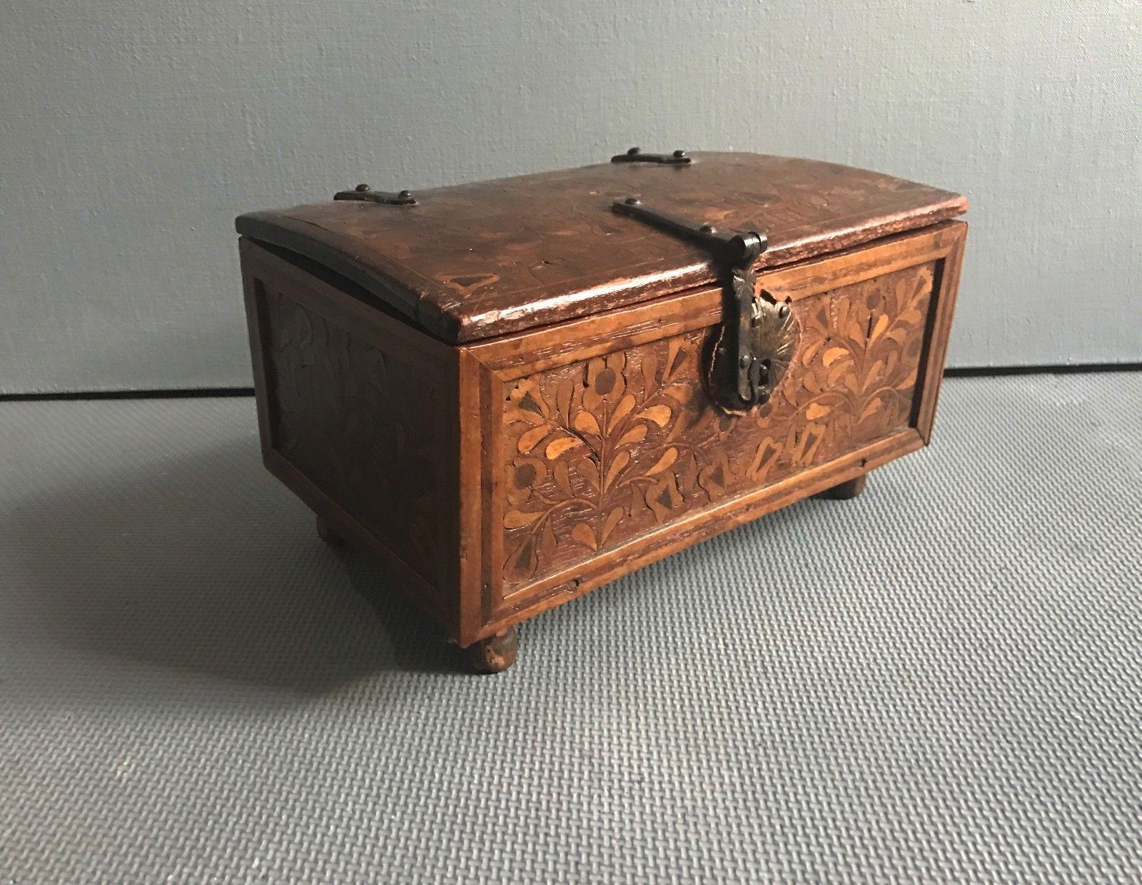 teremok_antiques_peru_casket_1.jpg