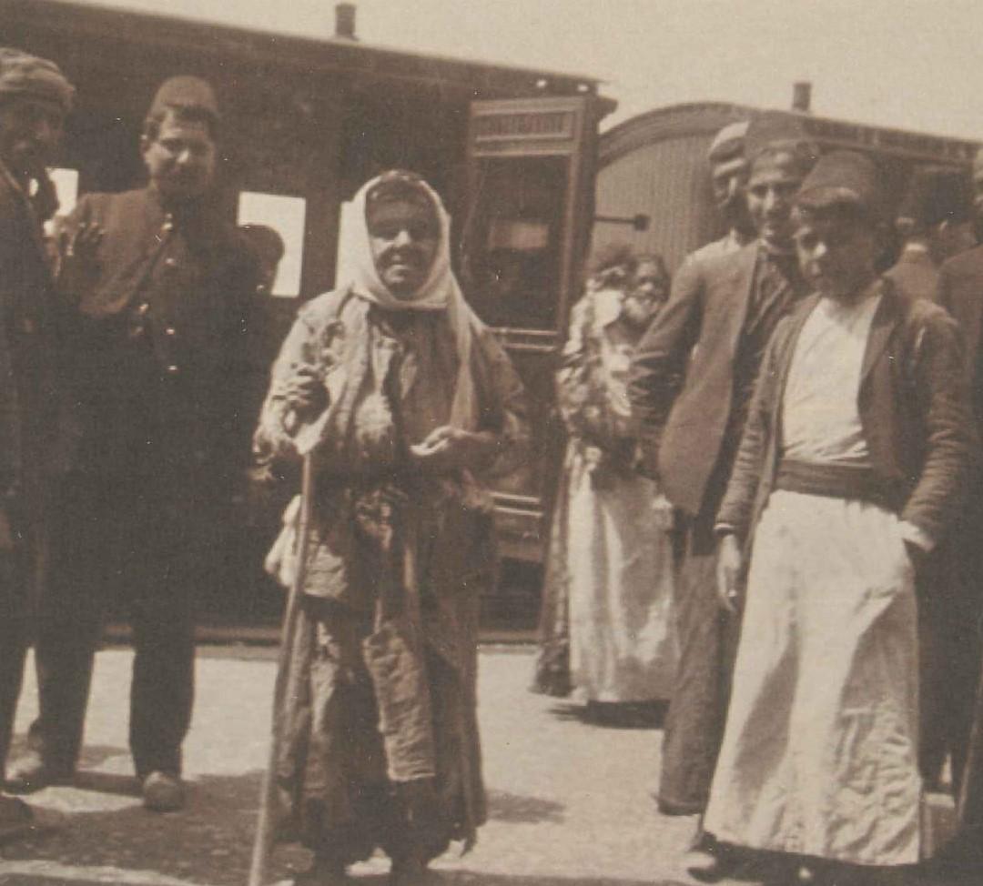 Beirut Damascus Trainstation 1910.jpg