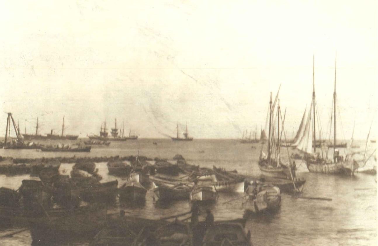 Beirut Port 1880.jpg