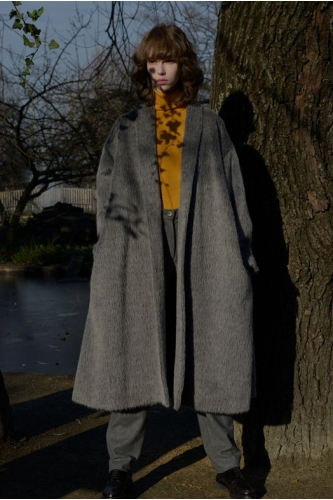 CECILIA HAMMARBORG   // UK    Alternative luxury coats with an holistic approach, using specially developed recycling wool.