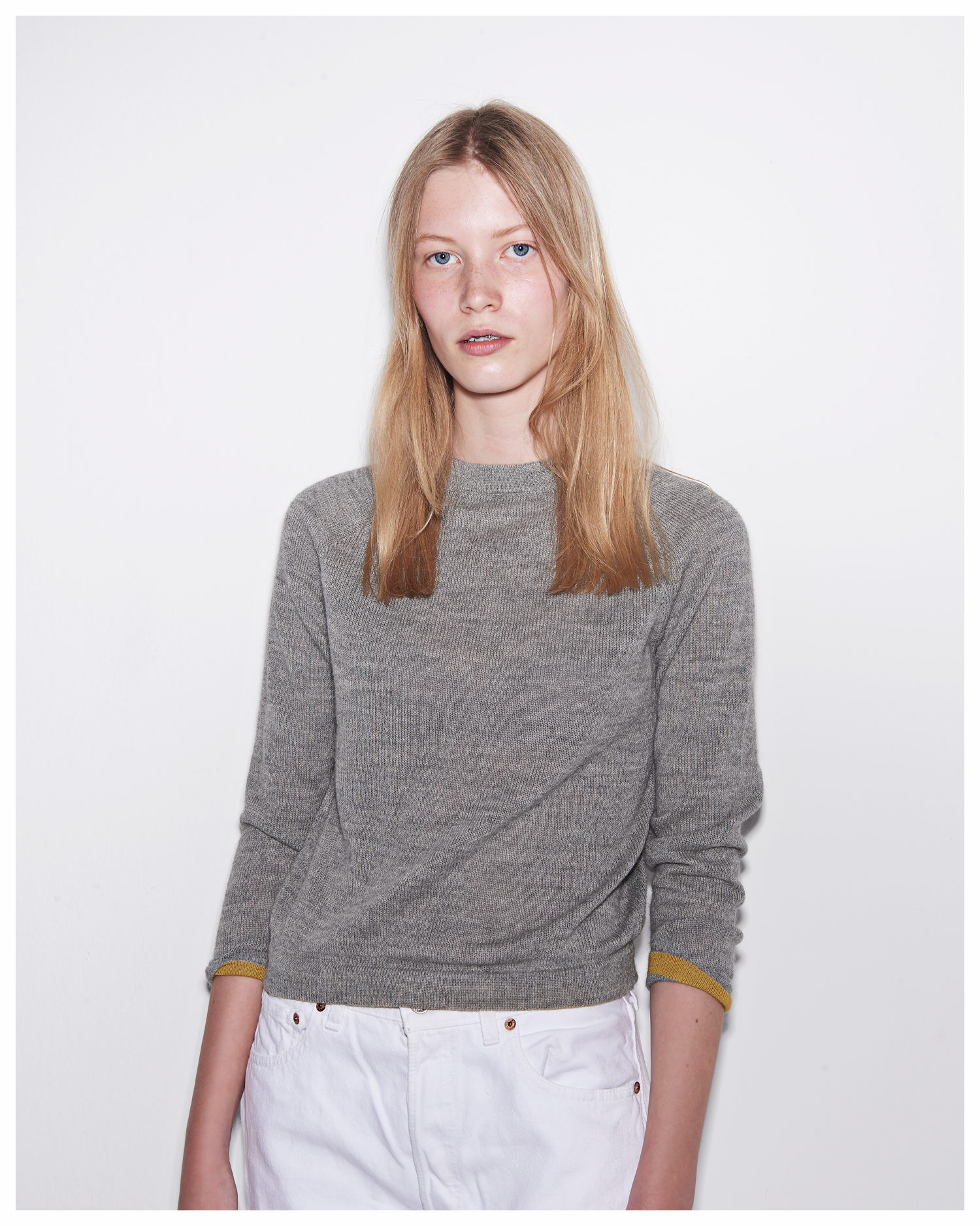 CARCEL_CrewKnit_Gray1.png