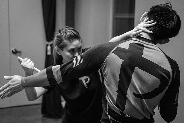 Improvised Weapons Training . . . . . . . . . #mmagirls #sparringday #womenwhobox #fightlikeagirl #girlswhofight #kravmagagirls #kravmaga #kravmagawomen #krav