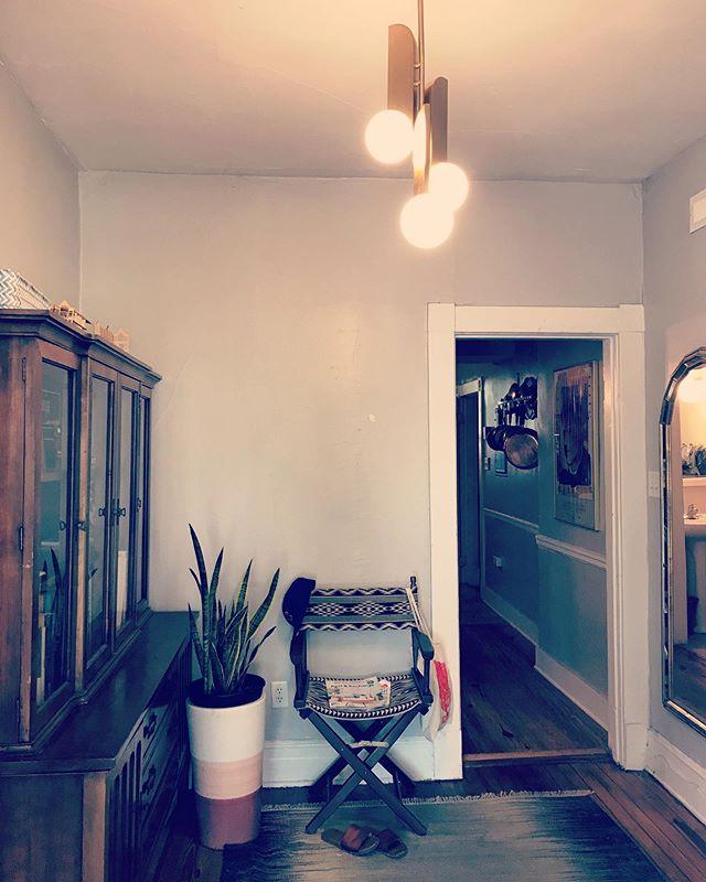 Gave my tiny apartment foyer a lighting upgrade last night. ✨
