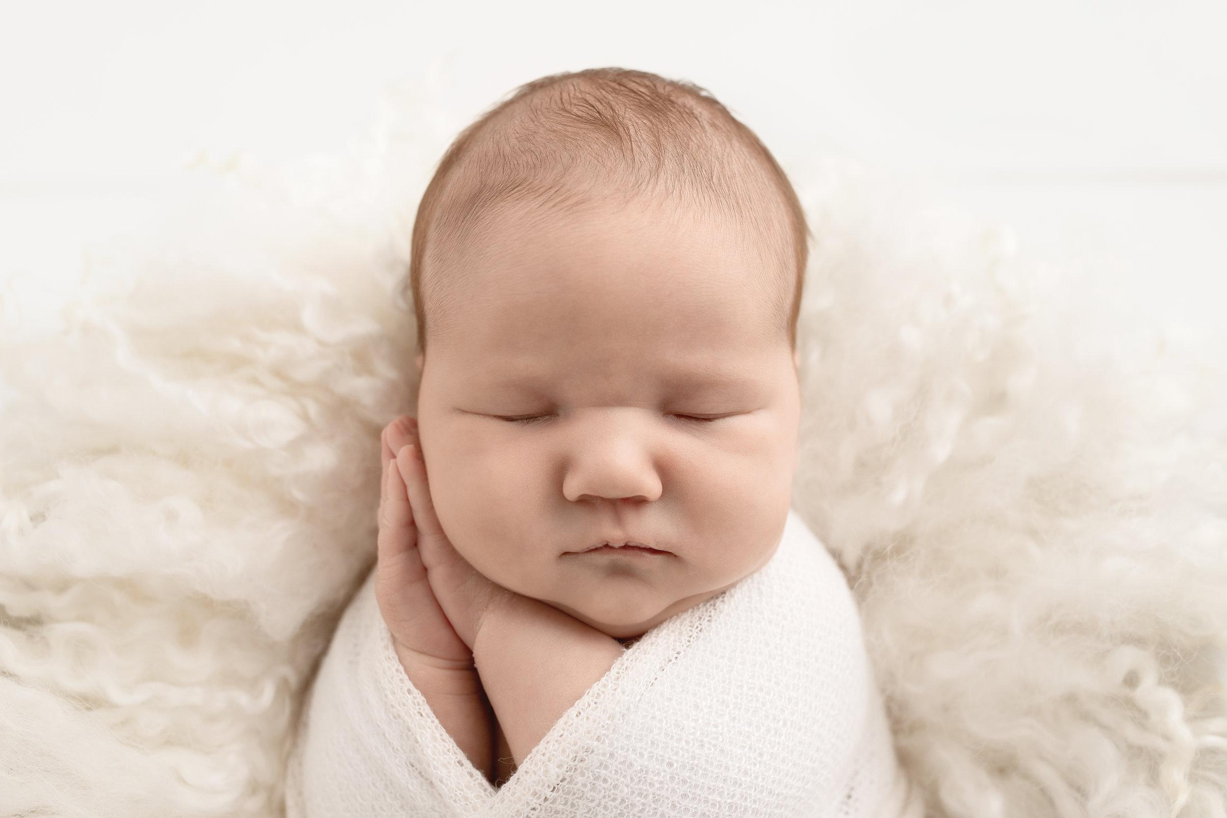 est newborn photography st-albert