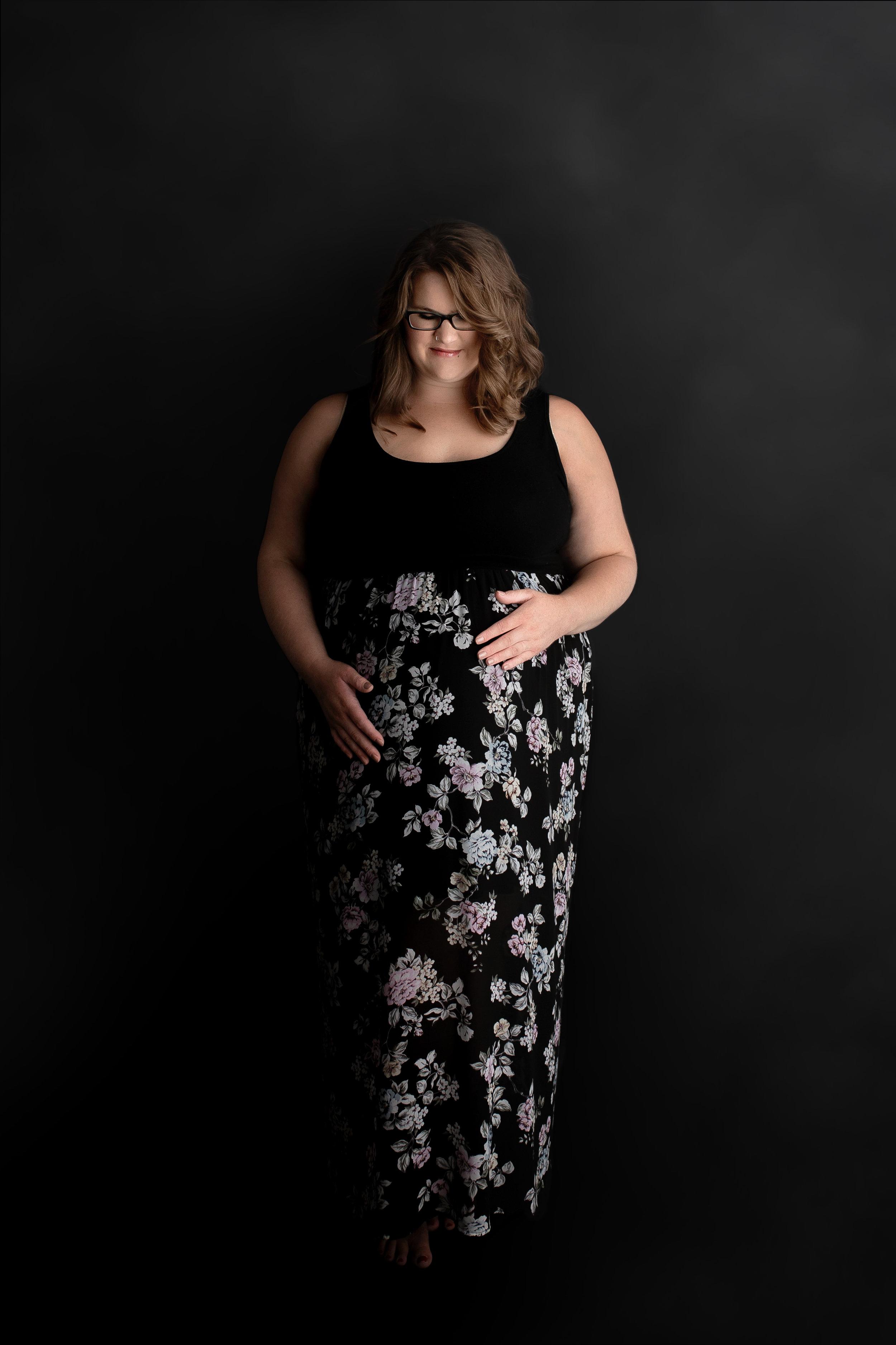 maternity photographer edmonton