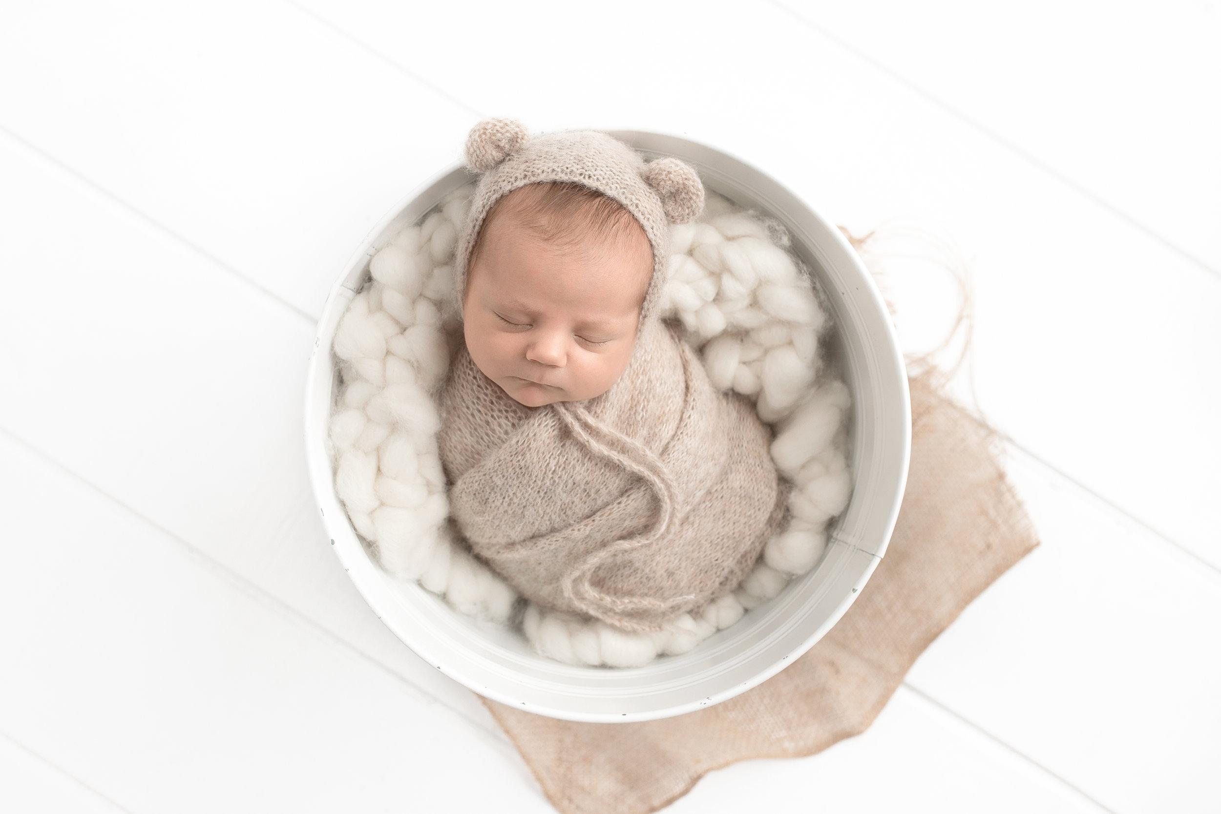 best newborn photographer edmonton