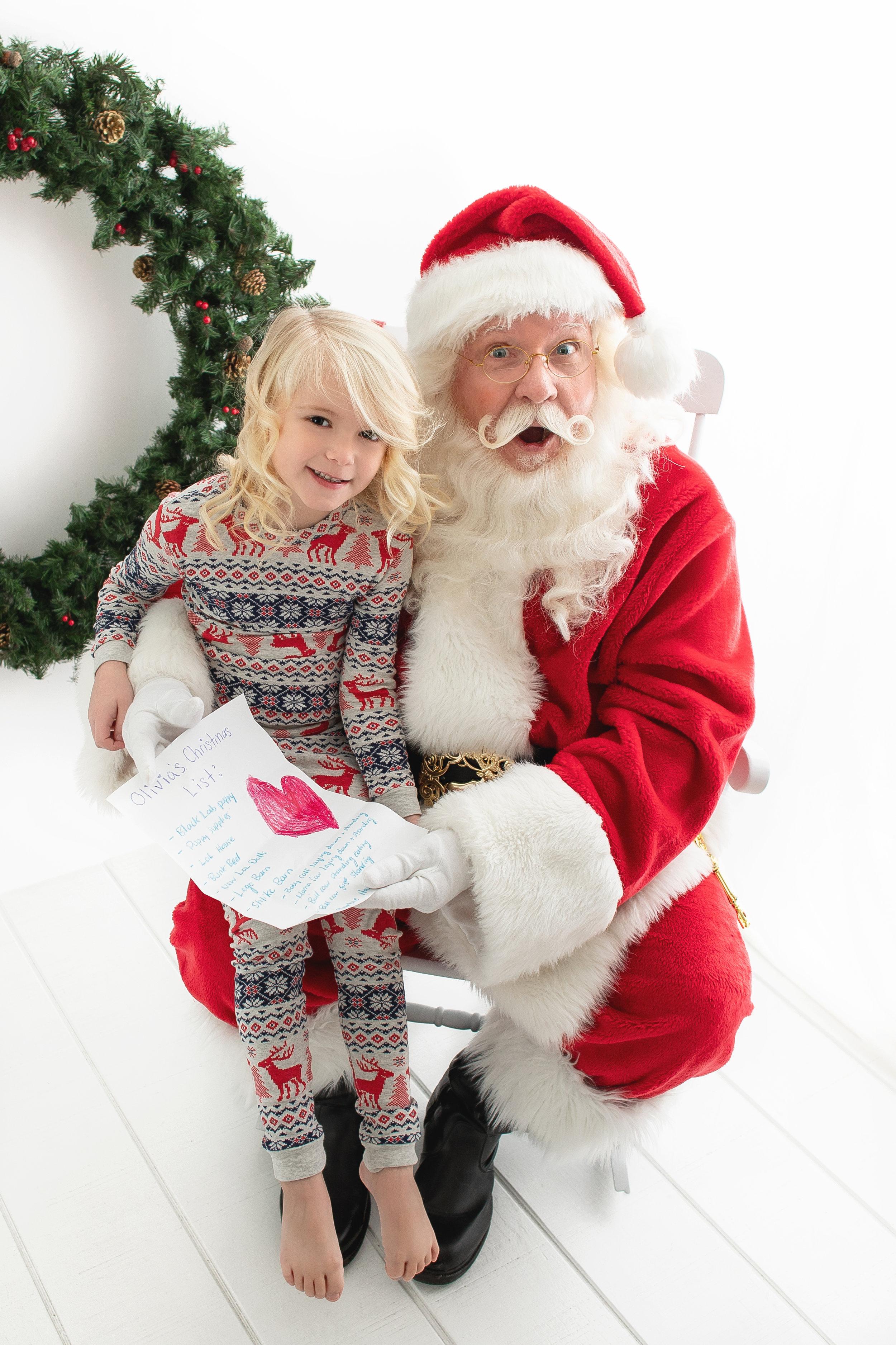 Santa's Magic with the MacLean 2018_1.jpg
