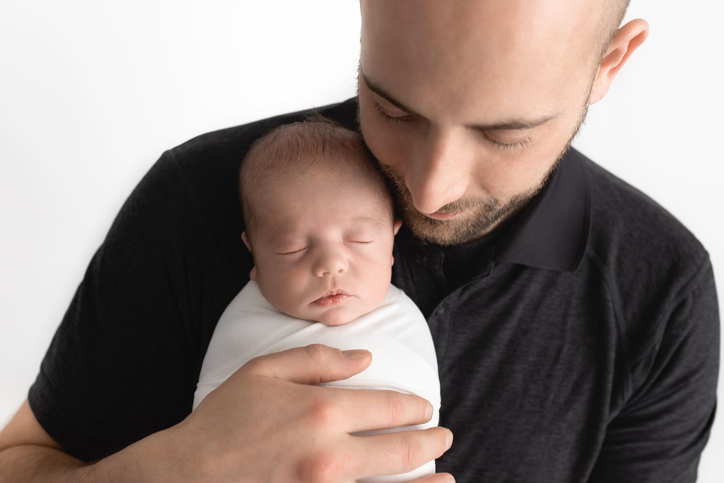 best Newborn photographer st-albert