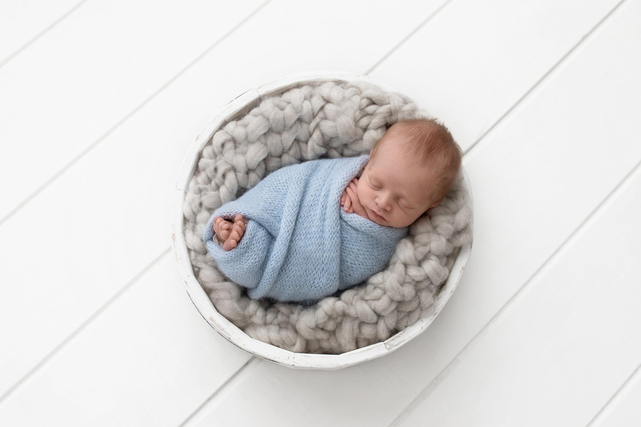 baby newborn photos session photoshoot edmonton photographer photography st-albert
