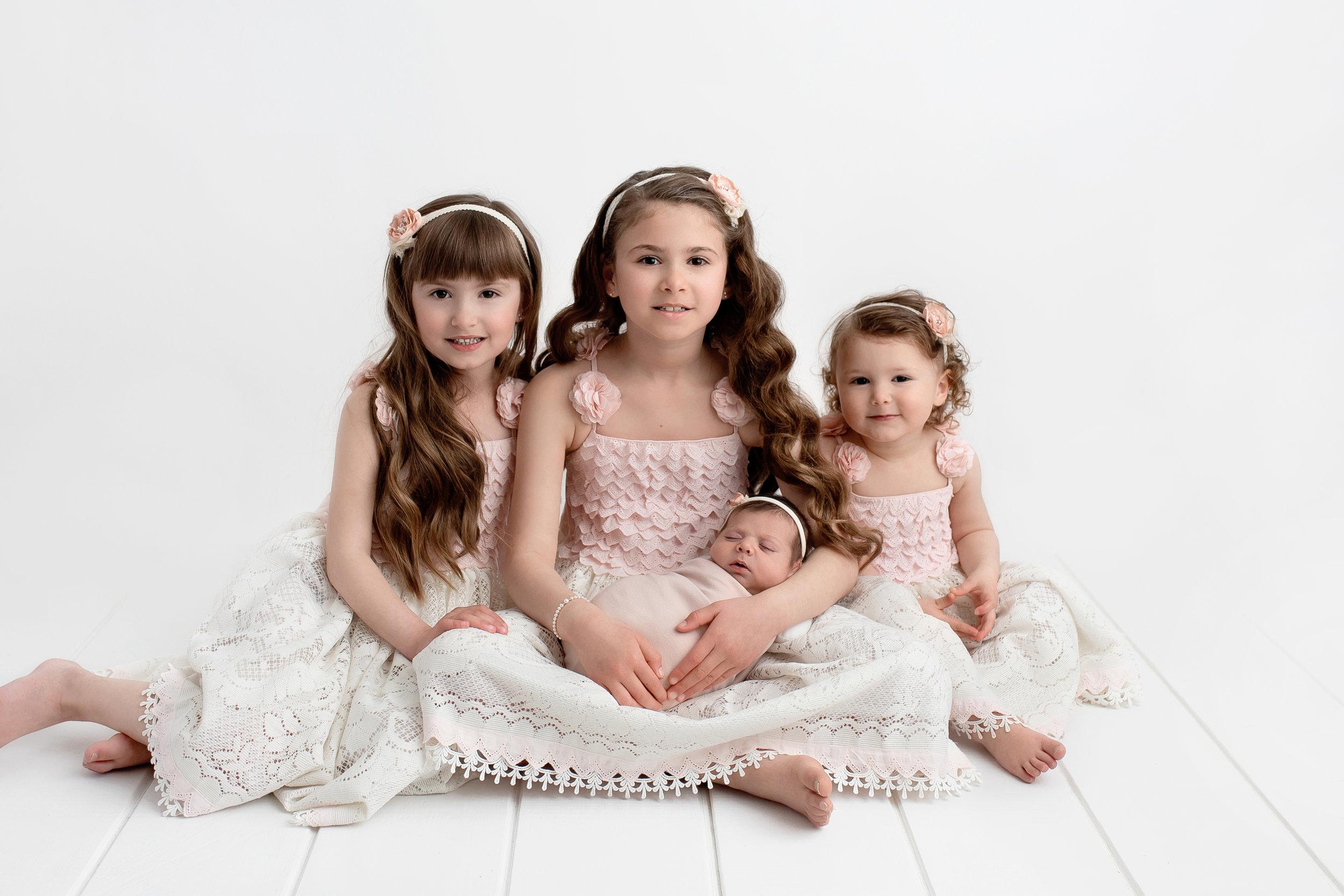 best baby photography edmonton newborn photoshoot st-albert baby photo session edmonton blooming bliss photography