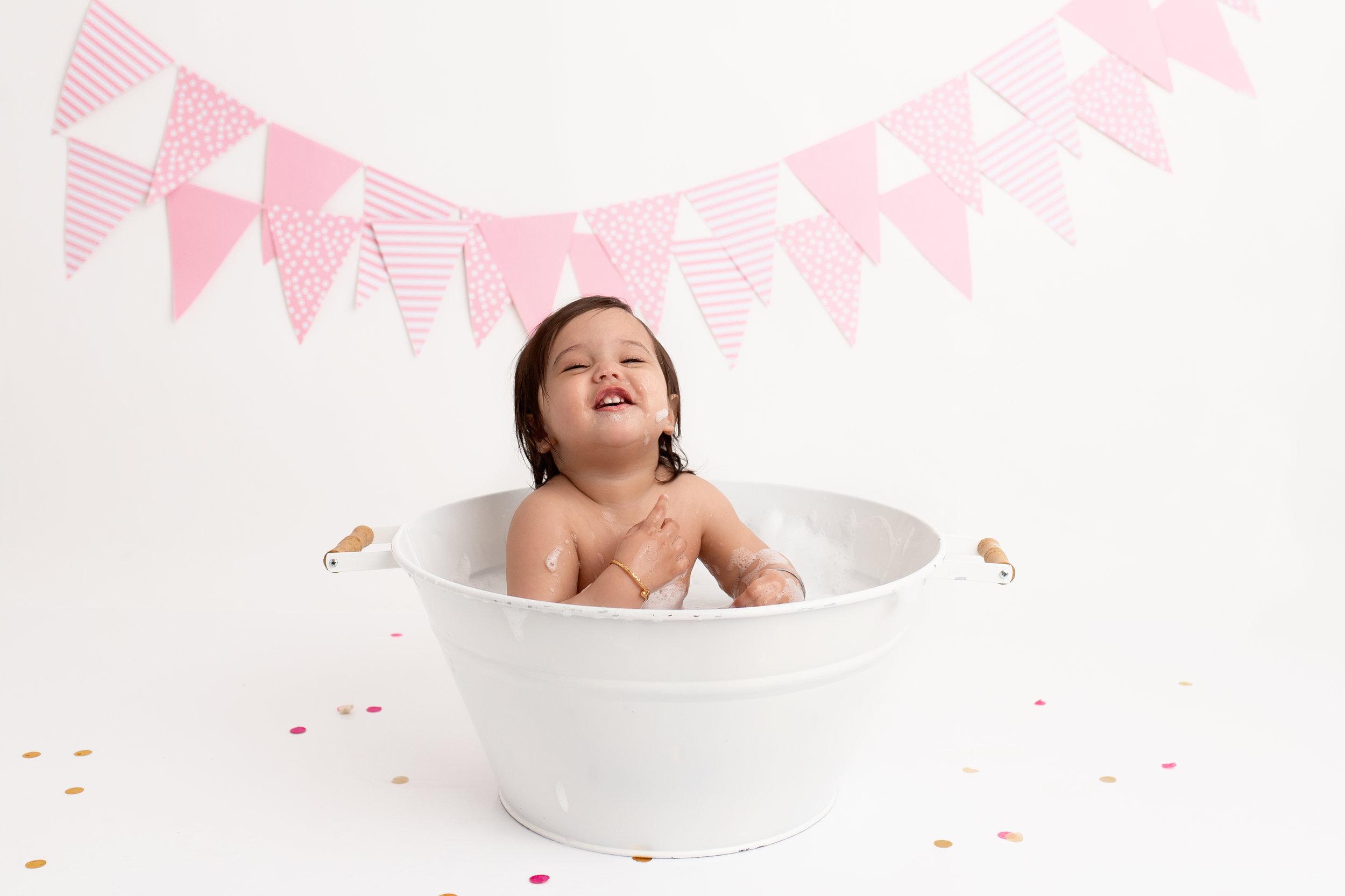 cake smash session edmonton best milestone photo session 1 year old photos photographer st-albert