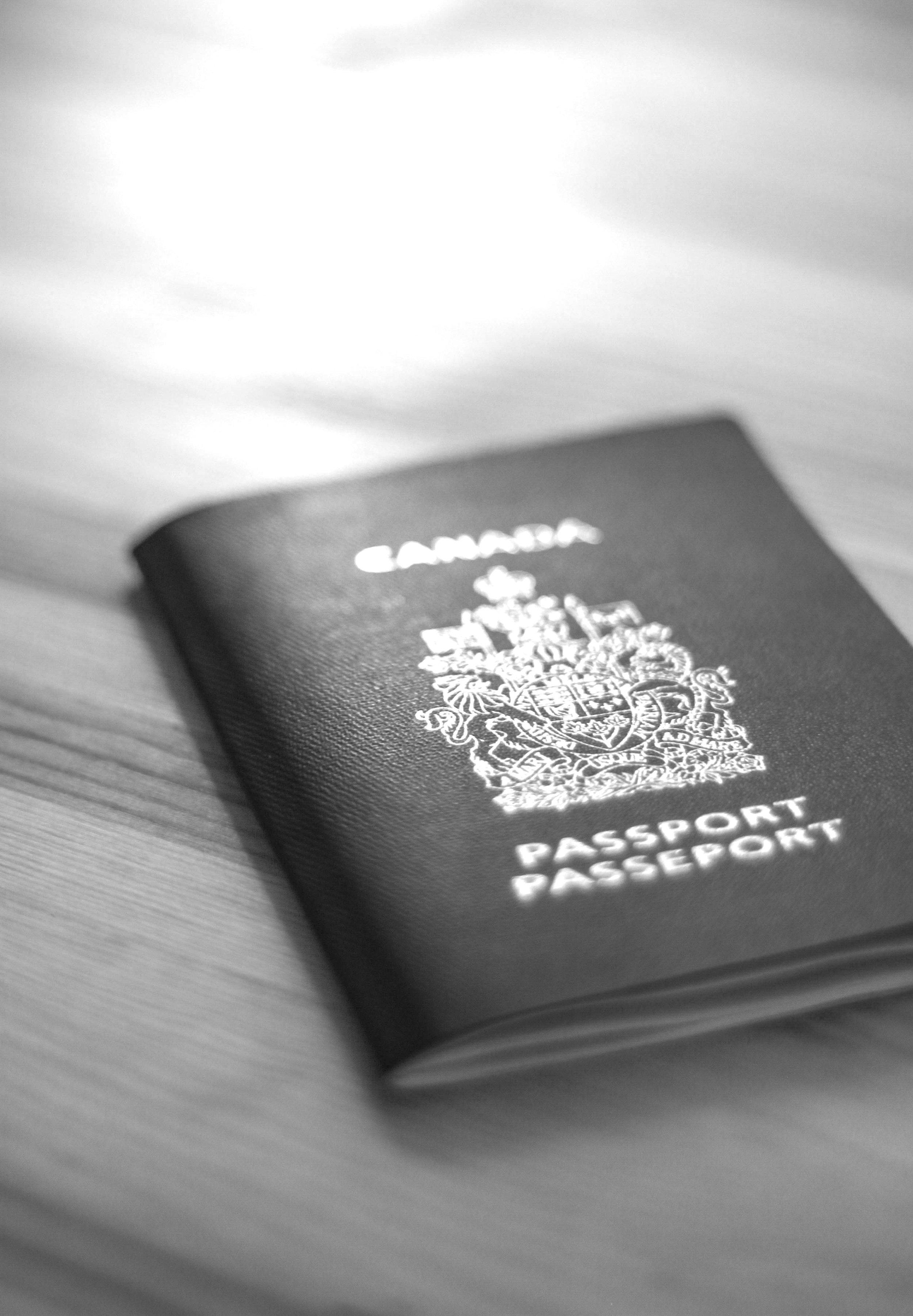 passport-933051.jpg