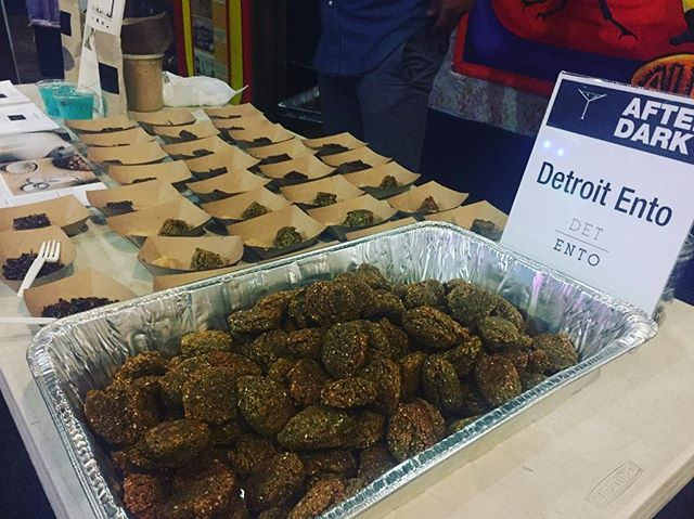 Thank you to the Michigan Science Center for the After Dark: A Bugs Night event! We had a great time sharing samples of our cricket powder, that we prepared in an array of food! We appreciate everyone who stopped by our vending table!  #entomophagy #entomology #environment #science #michigan #Detroit #delicious #cricketprotein #detentotho #bugs #bugslife #sustainable