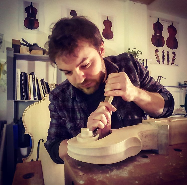 Carving the scroll