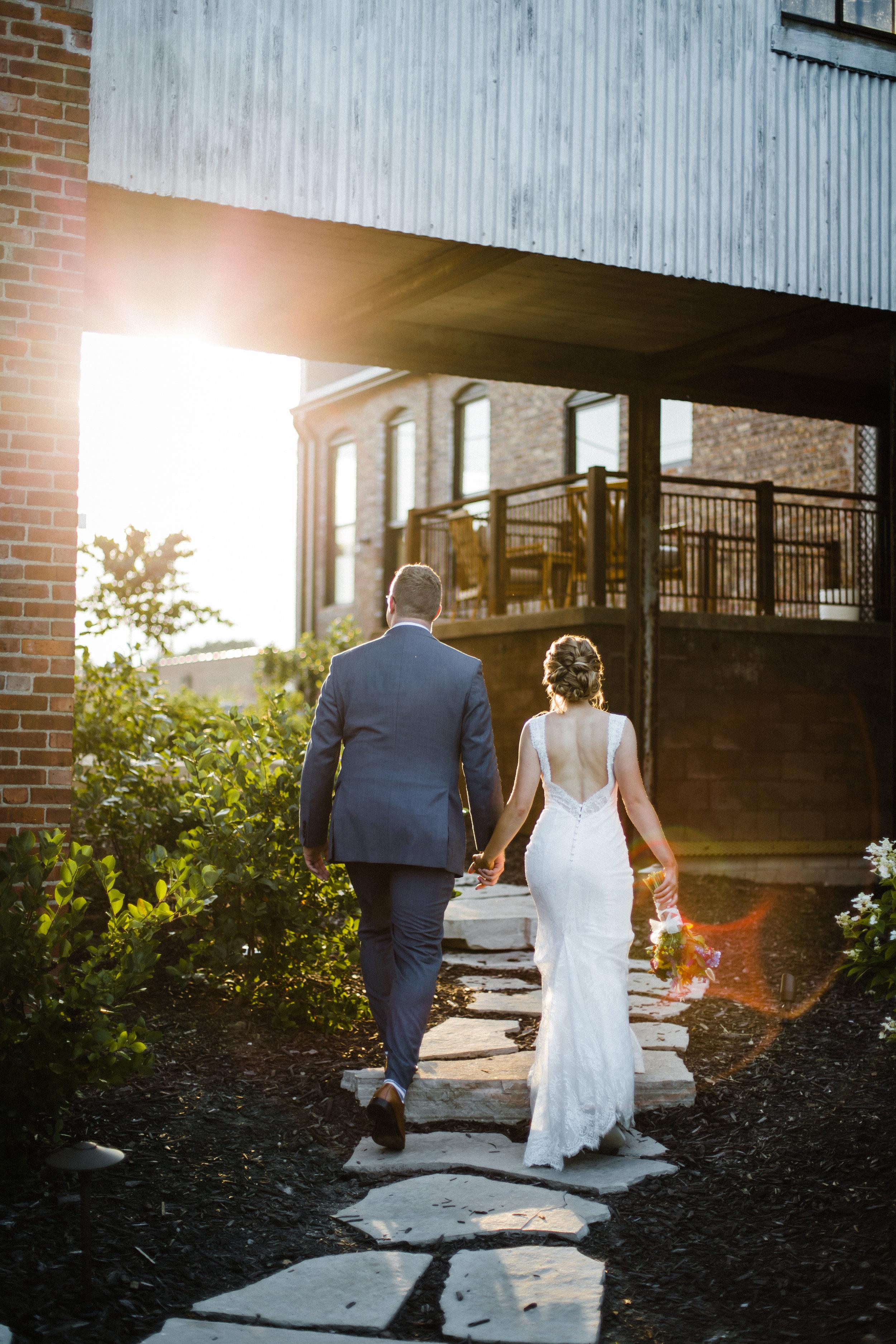 the cannery eureka illinois wedding photography