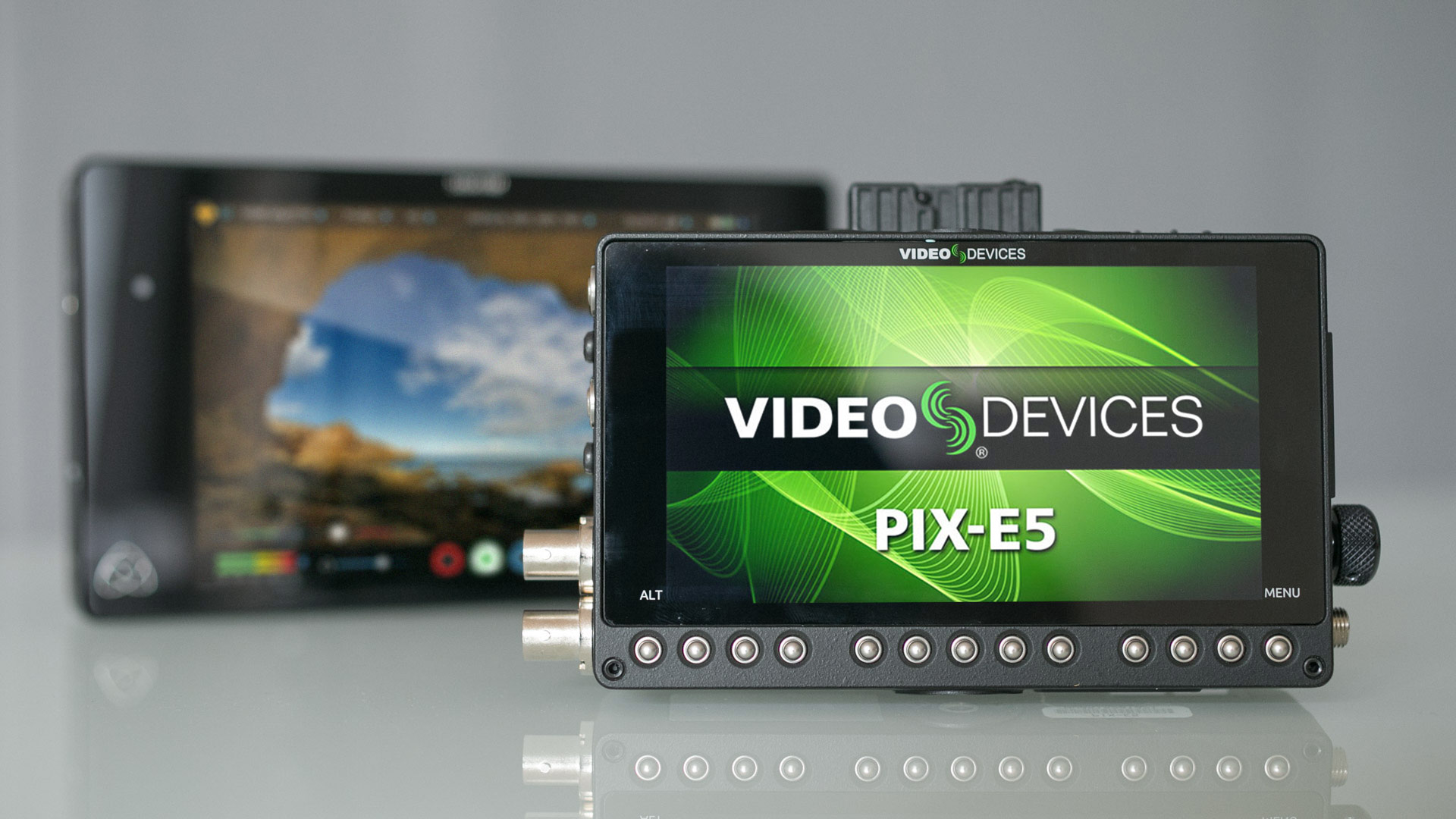 video-devices-pix-e-review_feat.jpg
