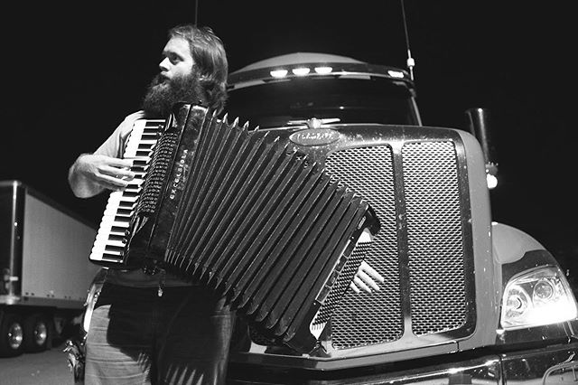 BIG BEARDS, BIG HORNS, BIG PUMP ORGANS! Happy Birthday @johnnykongos 🥳 📸: @jonnymarlow