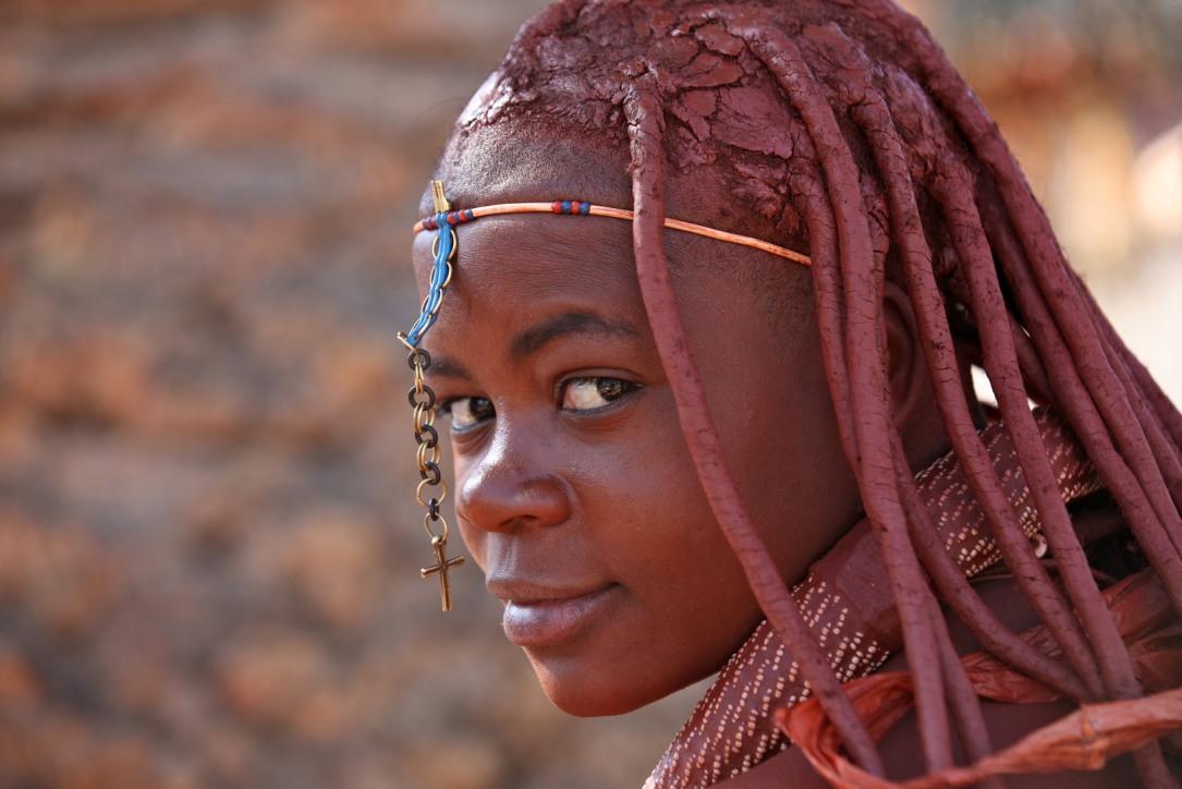 Los-Himbas-hermosa-tribu-de-Namibia-46.jpg