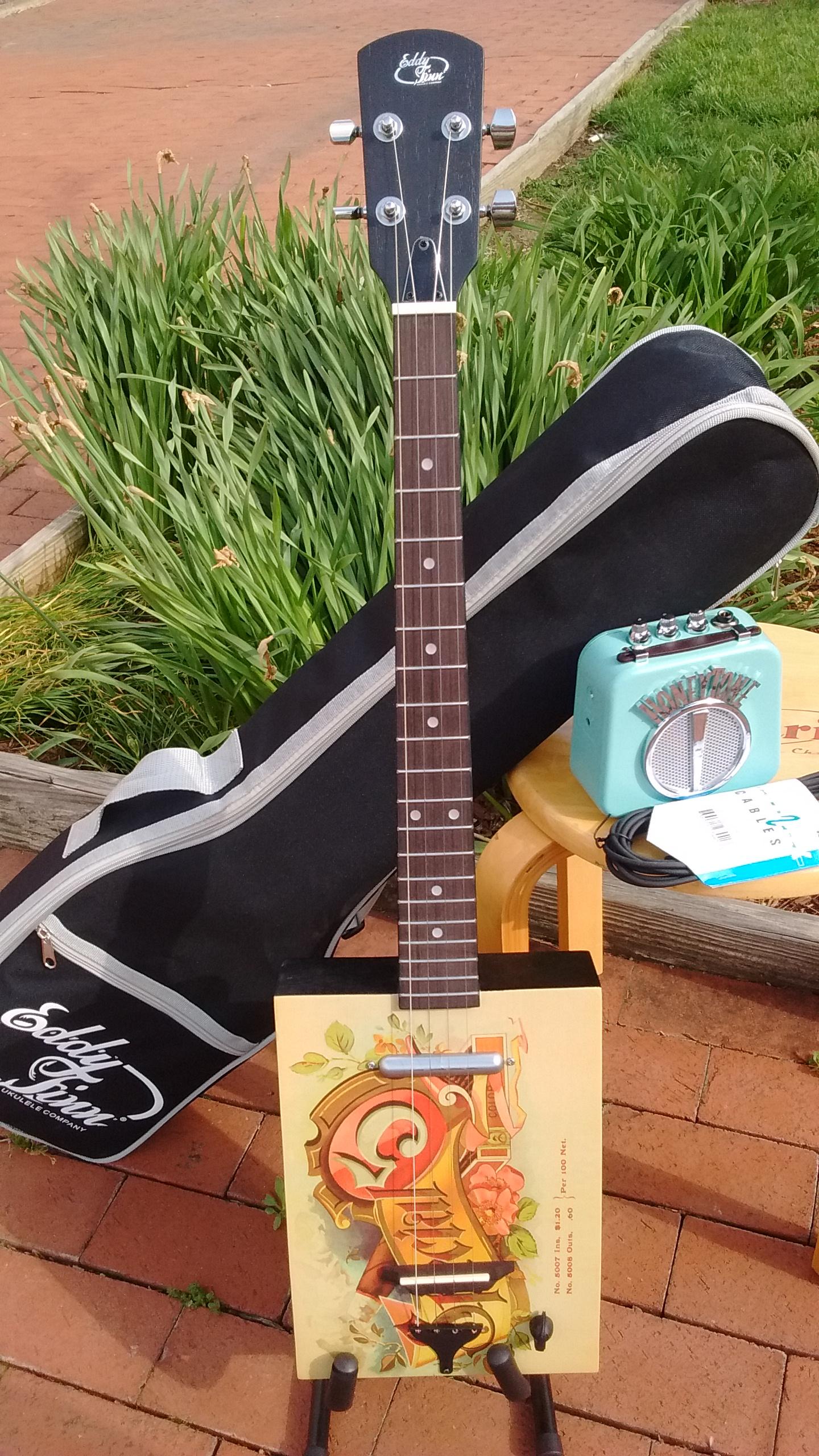 Cigar Box Guitar.jpg