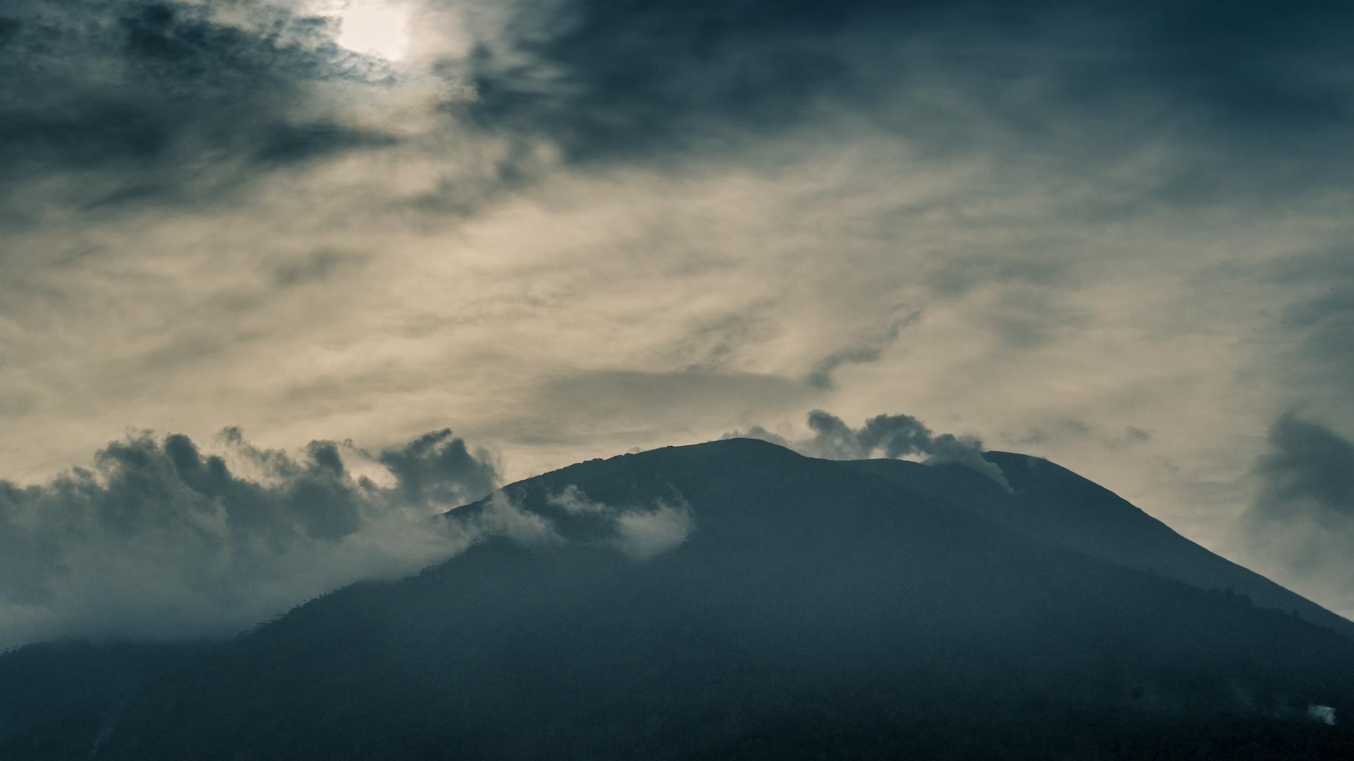 Volcano Timelapse.jpg