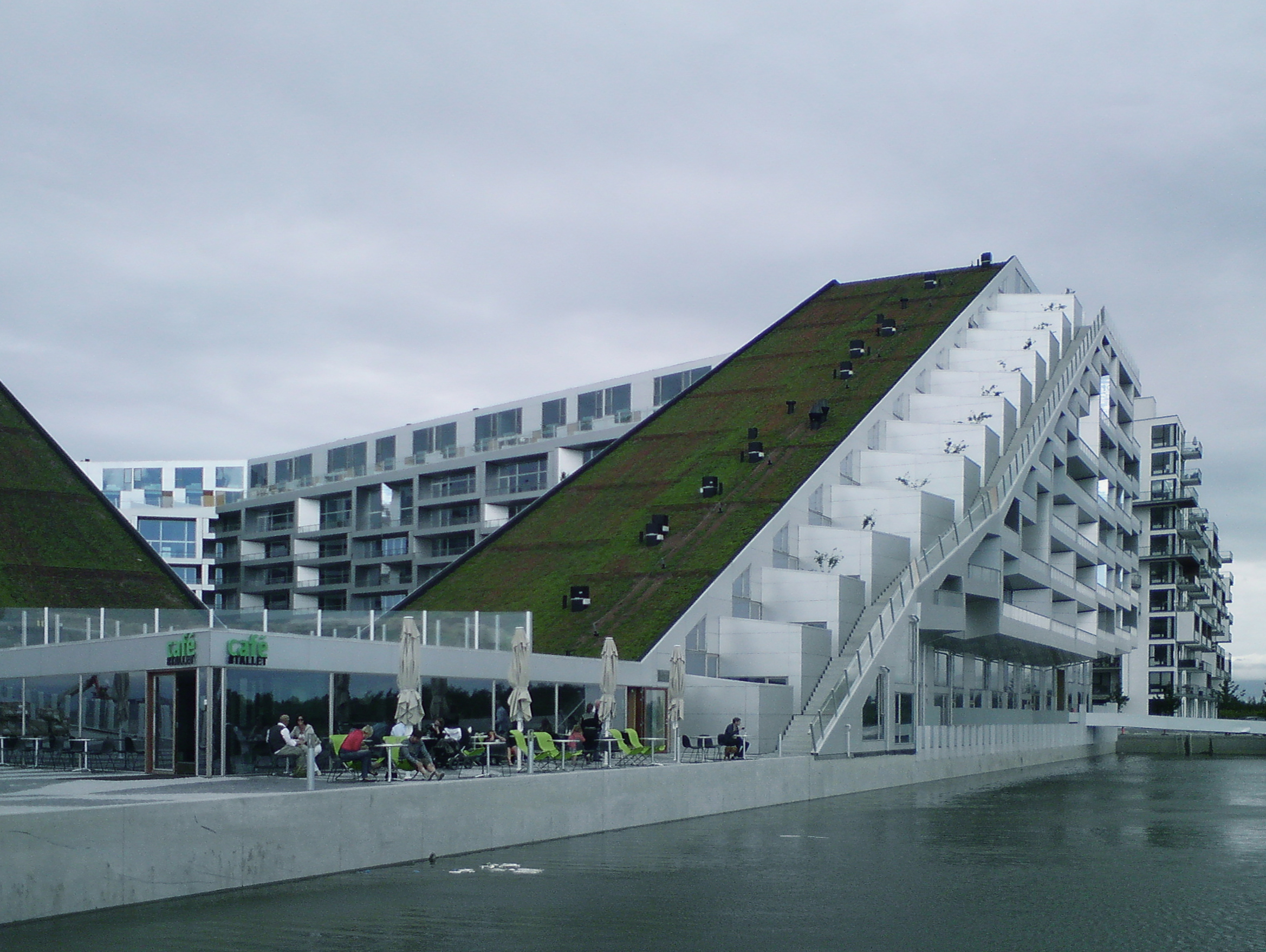 Bjarke_Ingels_Group_-_8_House.jpg
