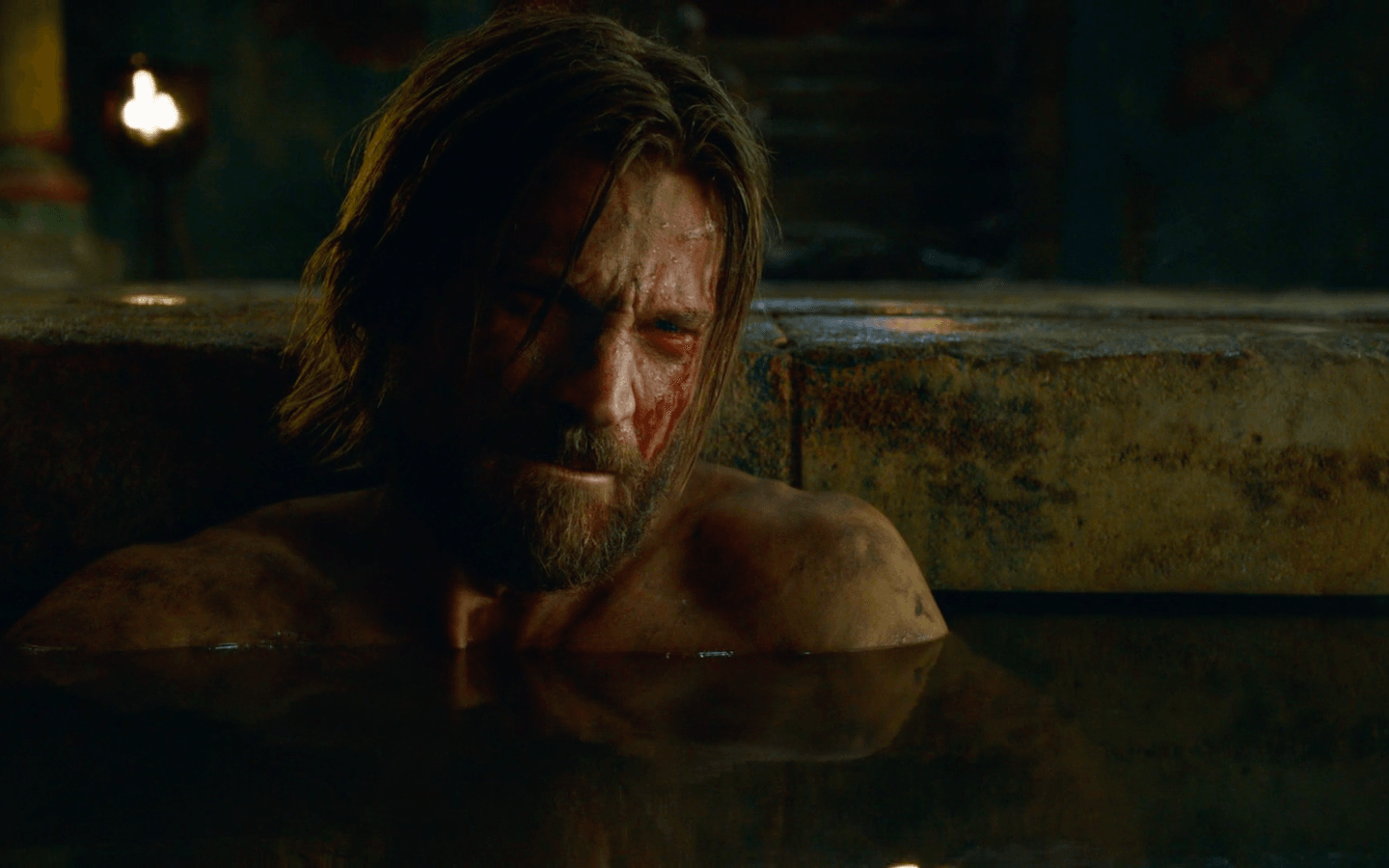 The Kingslayer upset during his bath time | HBO