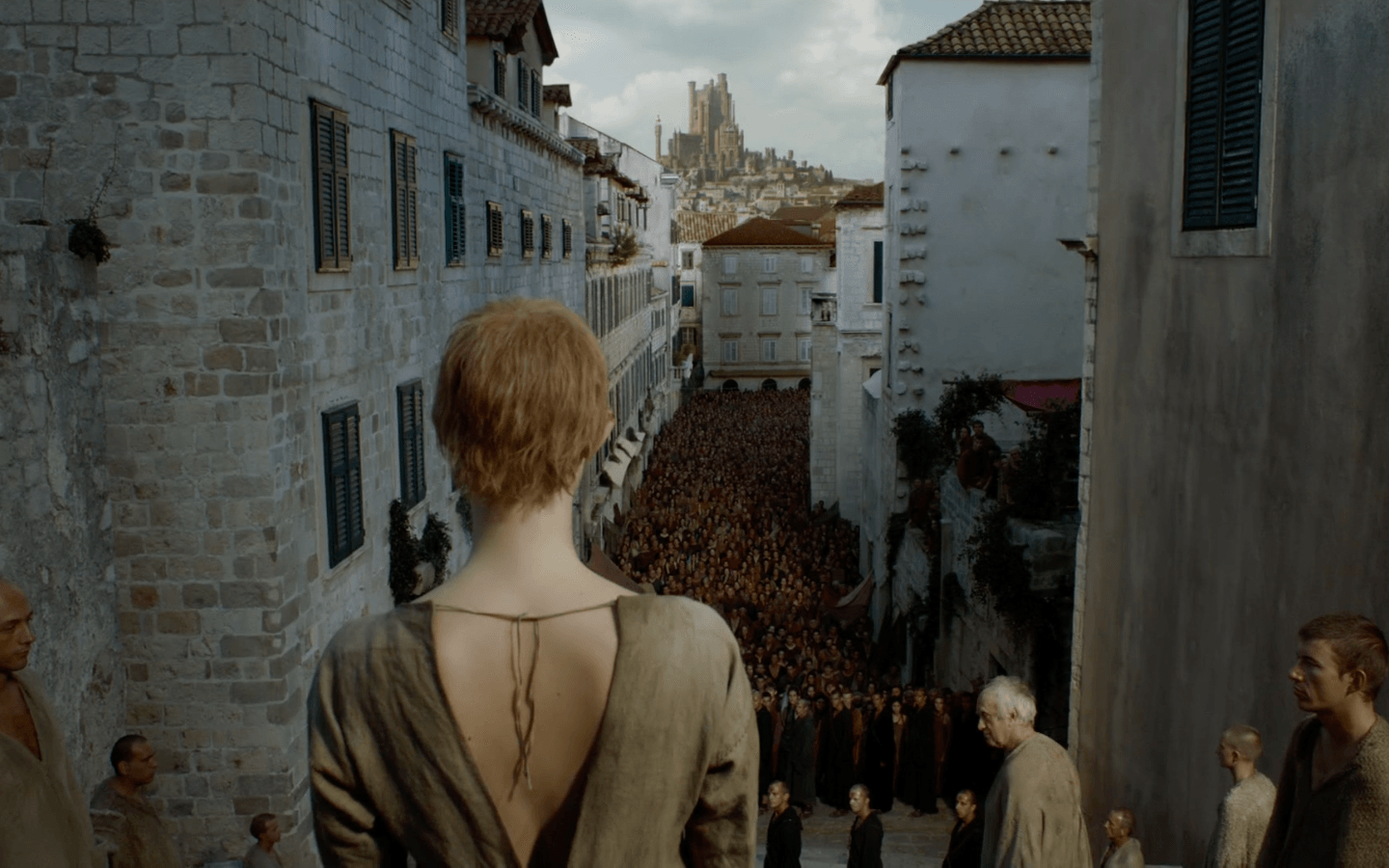 The former queen about to strip in front of Kings Landing | HBO