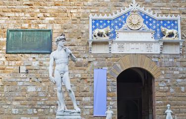 Today a replica of Michelangelo's  David  is in the statue's original position outside the Palazzo Vecchio.