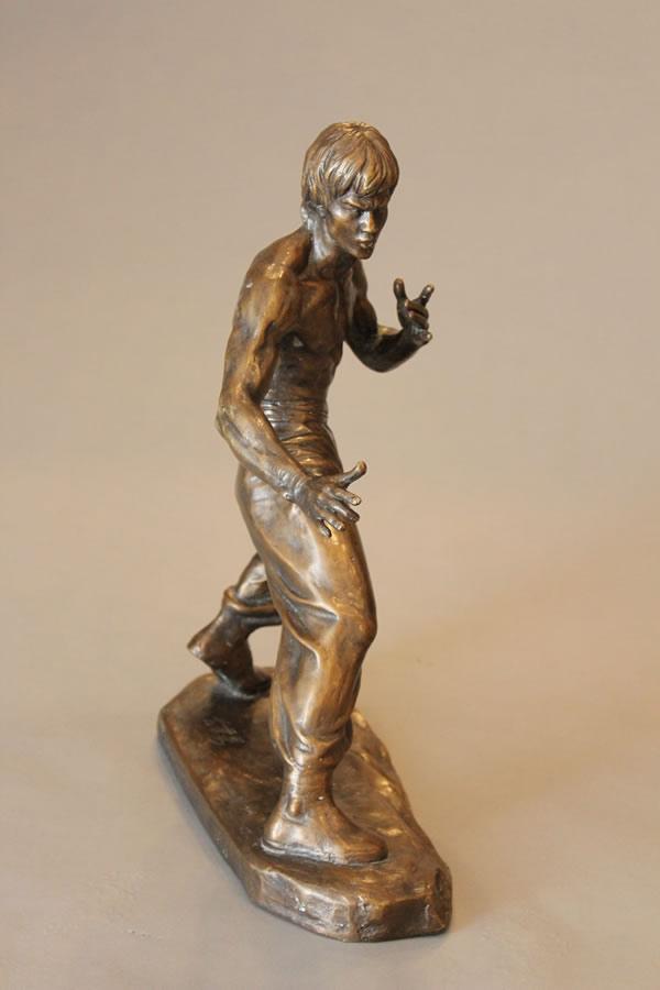 CAO CHONGEN  Bruce Lee - Front View Bronze 16.5 X 13.5 X 13