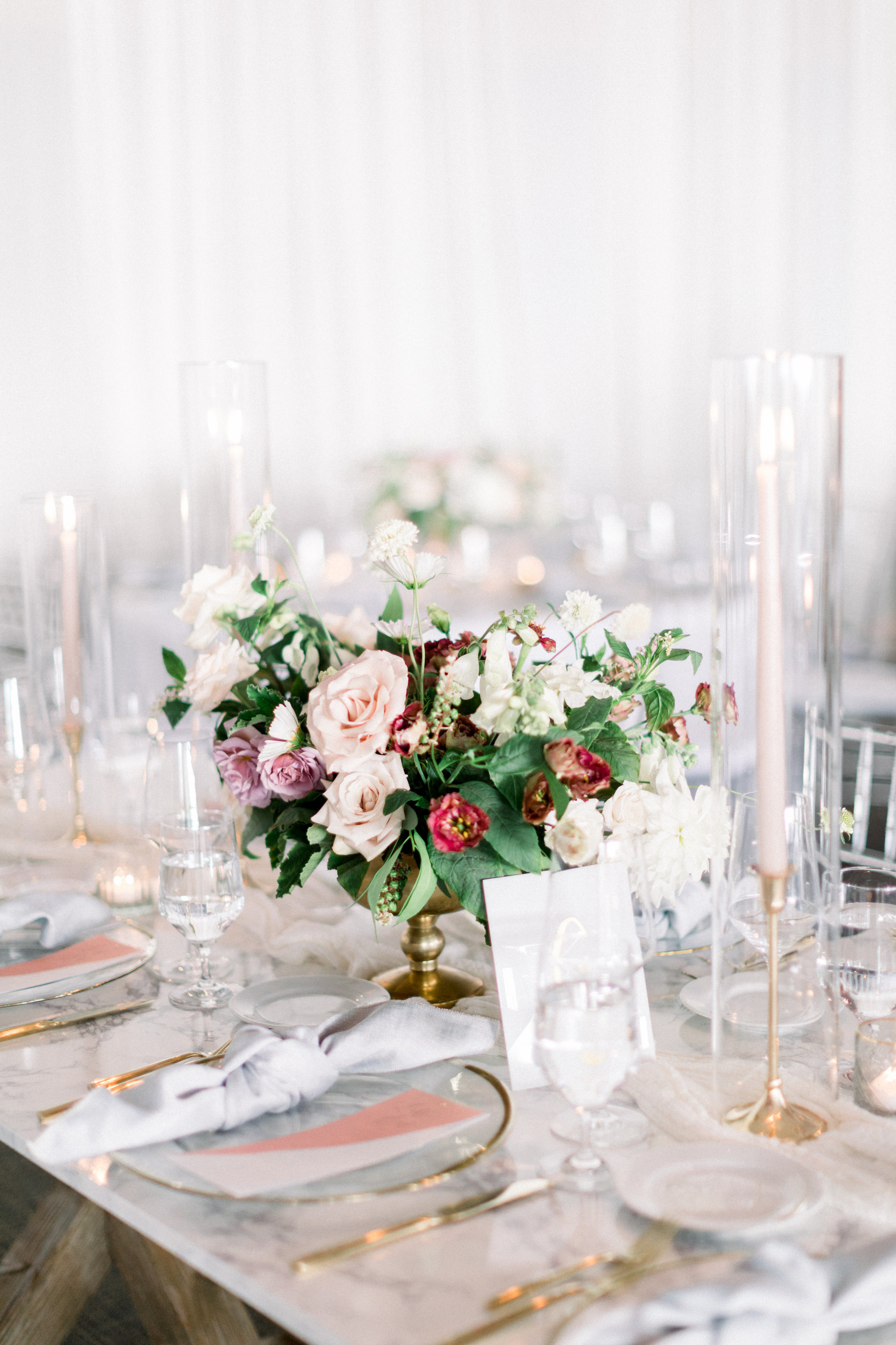 marble tabletop wedding decor