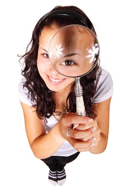 EyeMagnifyingGlass