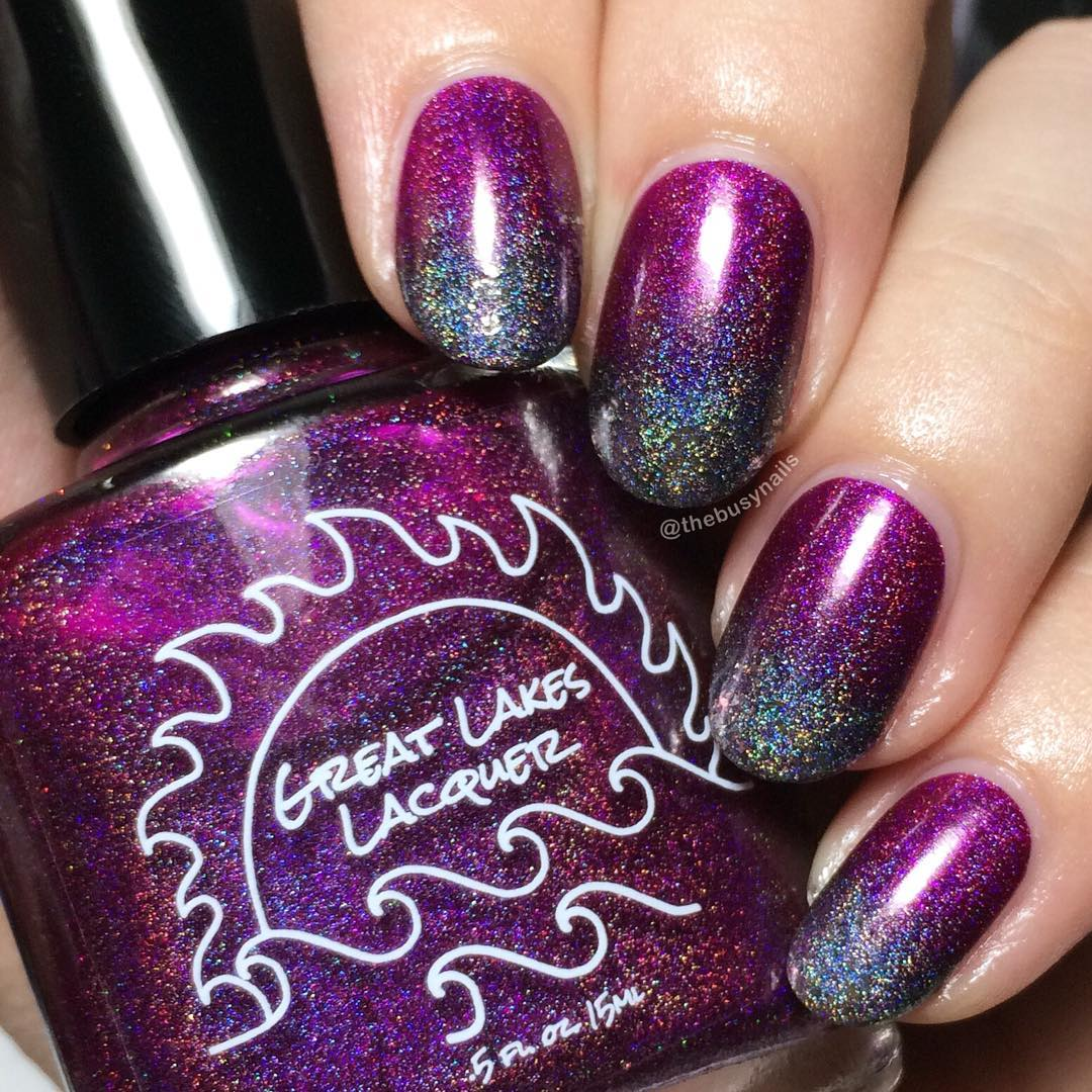 holo-glitter-gradient-nails.jpg
