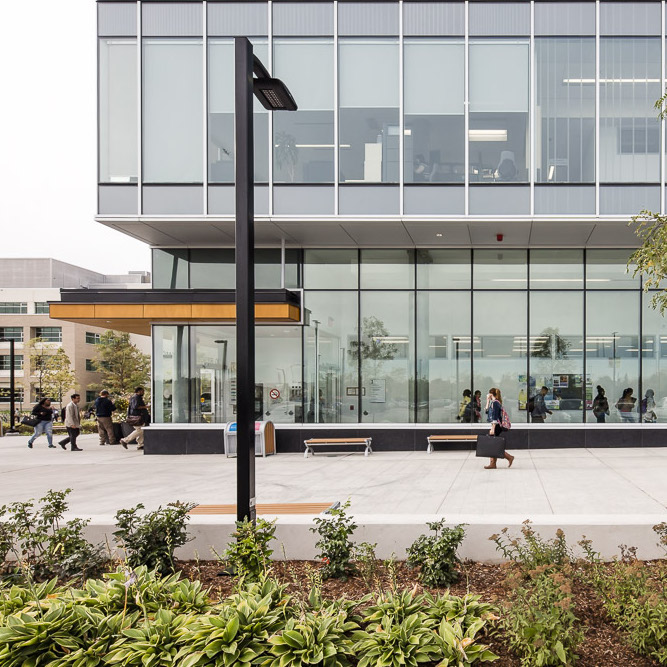 HUMBER COLLEGE — LEARNING RESOURCE COMMONS  Toronto, Ontario