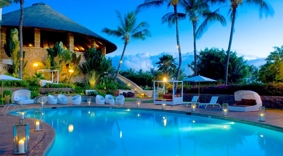 hotel-wailea-pool-evening.jpg