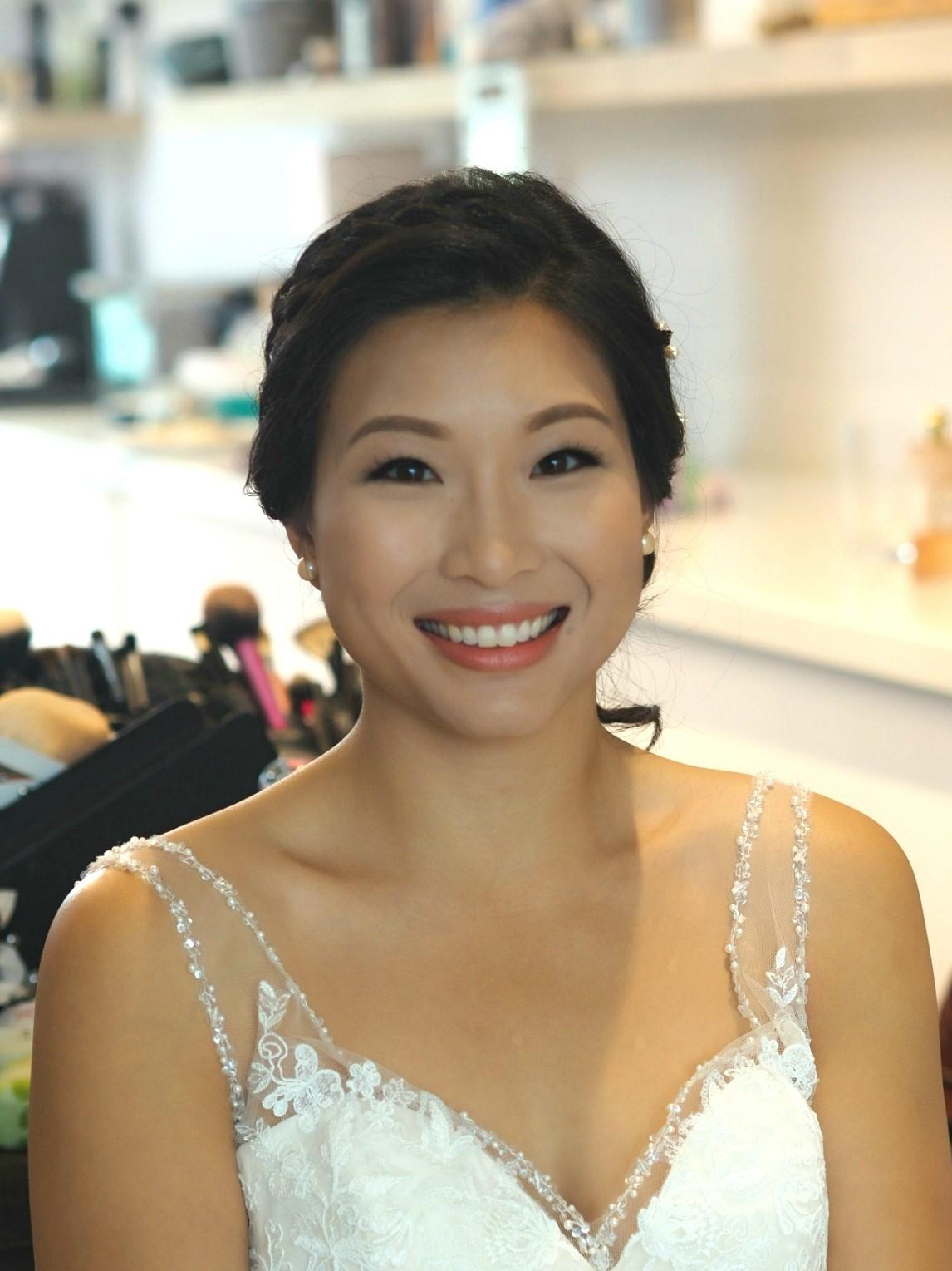 Toronto bride wedding makeup onsite on location