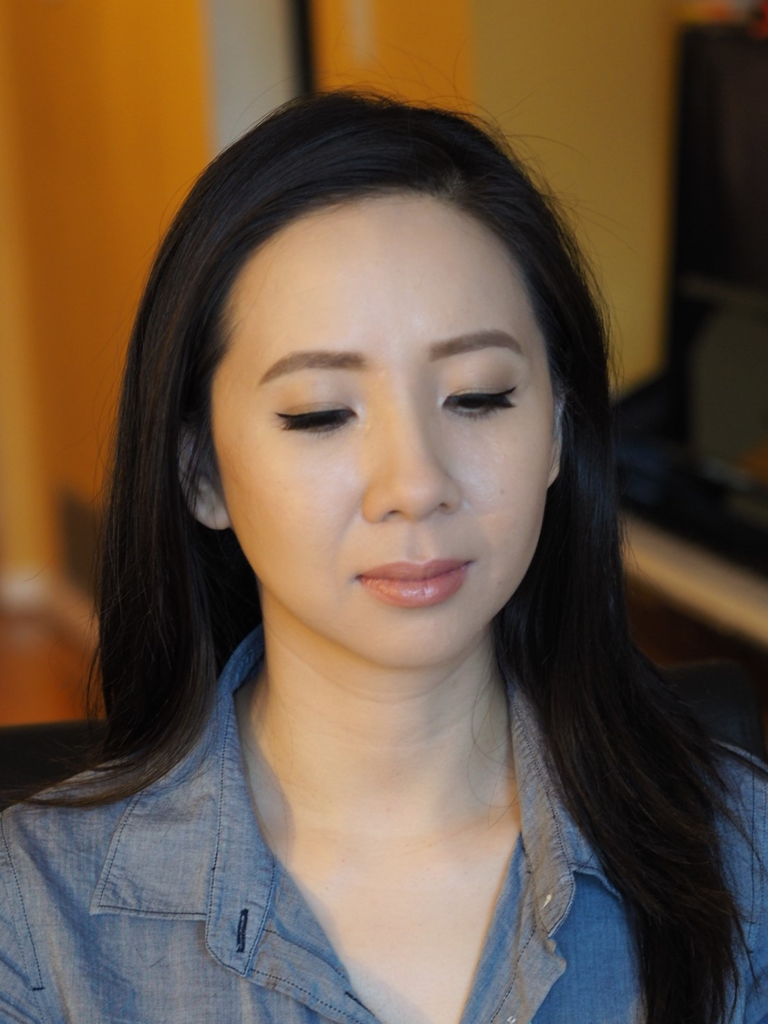 winged liner makeup style