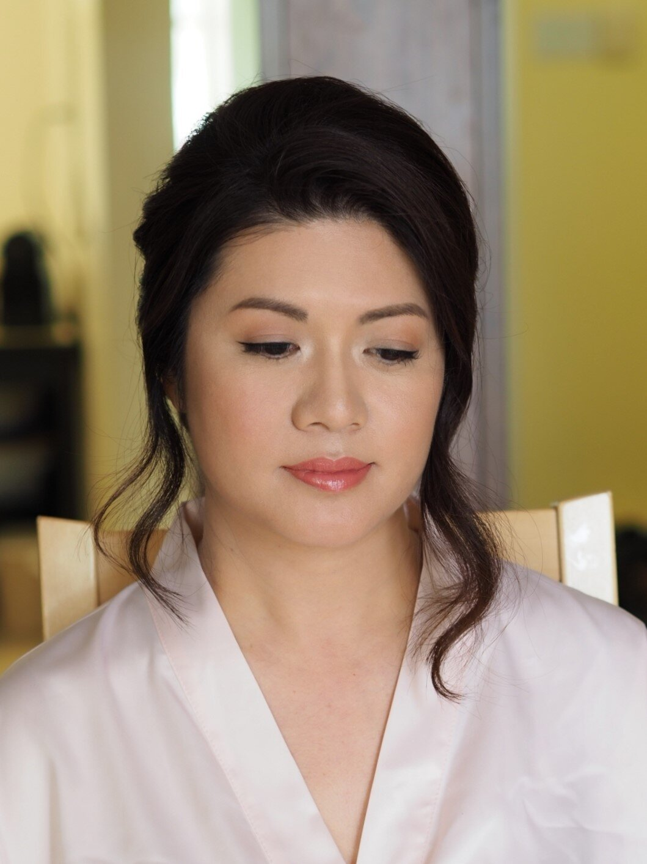 Bride hair updo natural makeup