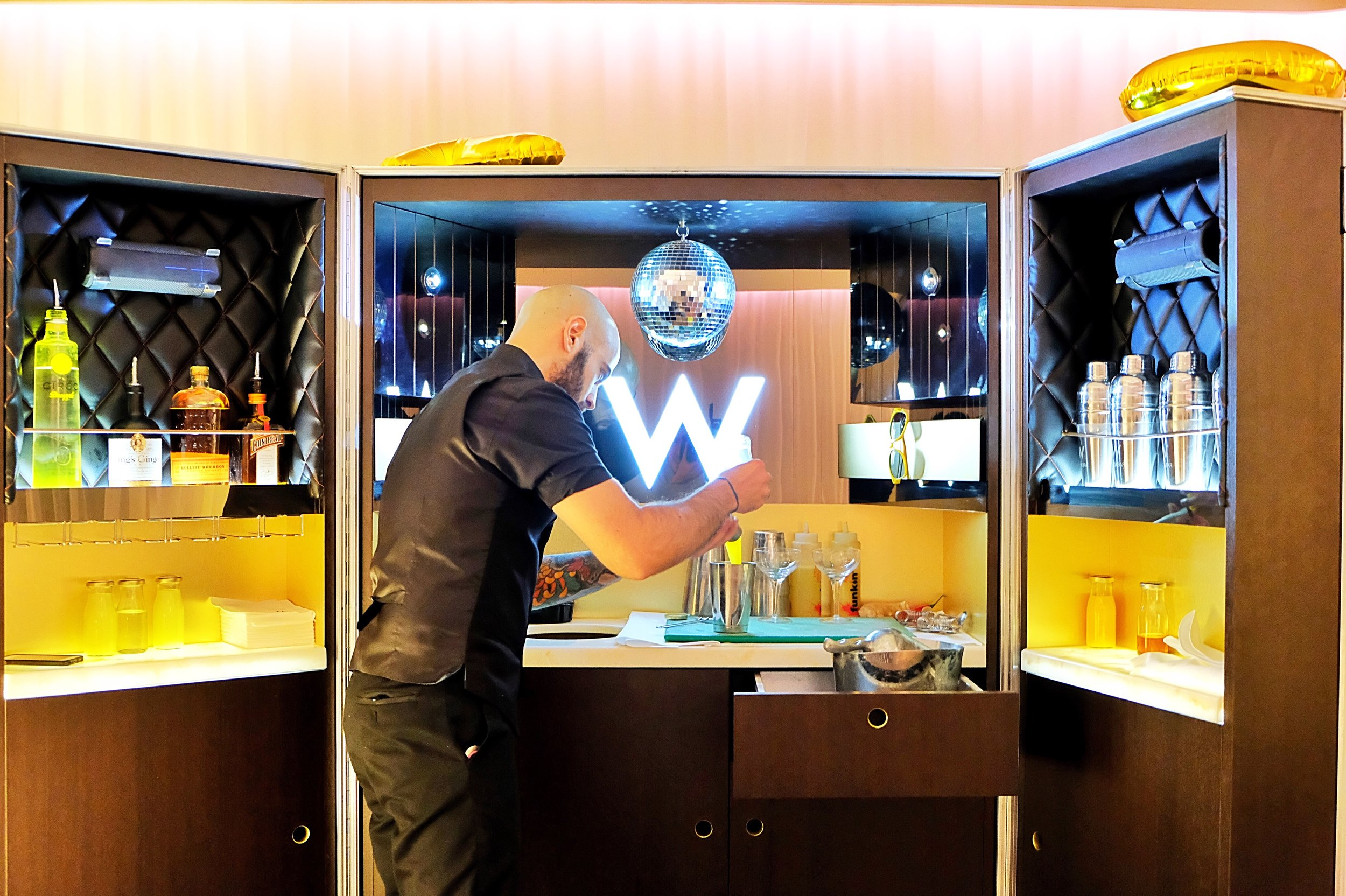 The Mega Bar experience comes with your personal mixologist. Here is Giulio making magic happen. Follow him on insta at @giuliovaldiserri