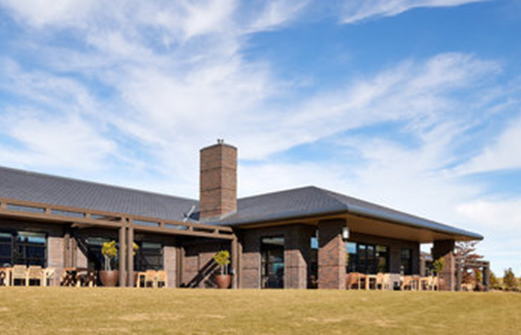Eastern Golf Club - Jarrah bricksMORE