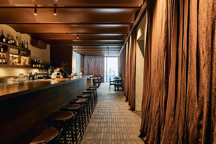 Matilda Restaurant - Custom Black Emperor bricksMORE