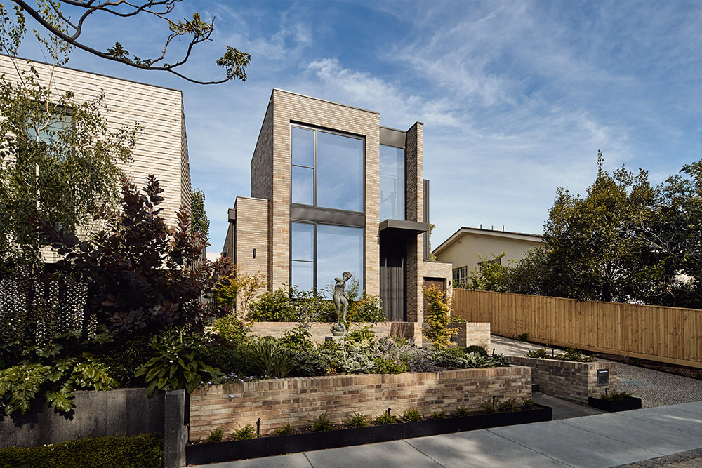 Malvern Home - Smoke Grey Blend bricksMORE