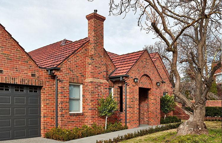 Caulfield Home - Red Blue bricksMORE