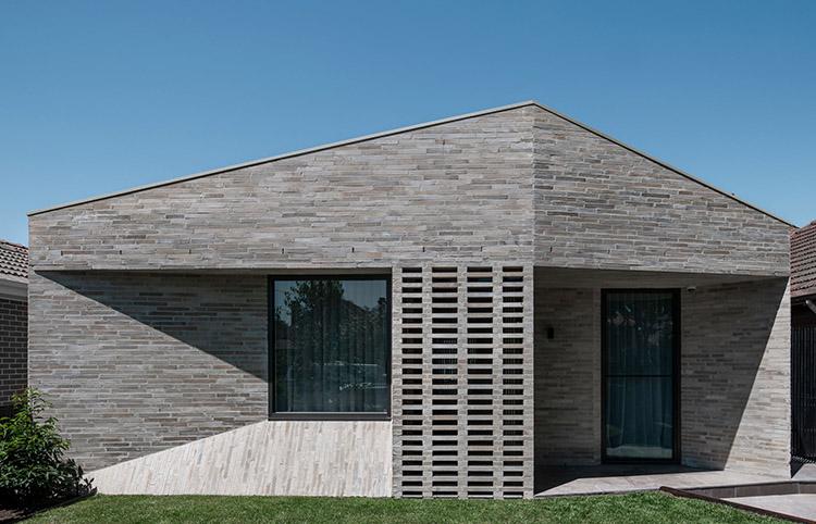 Bayside House - Custom Emperor bricksMORE