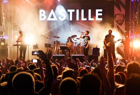 Bastille-Hi-Res-DIY-Magazine-MIKEMASSARO-7074_cover.jpg